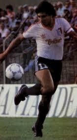 """El """"Puma"""" Jose Luis Rodríguez, máximo artillero del campeonato de Primera A de 1988."""