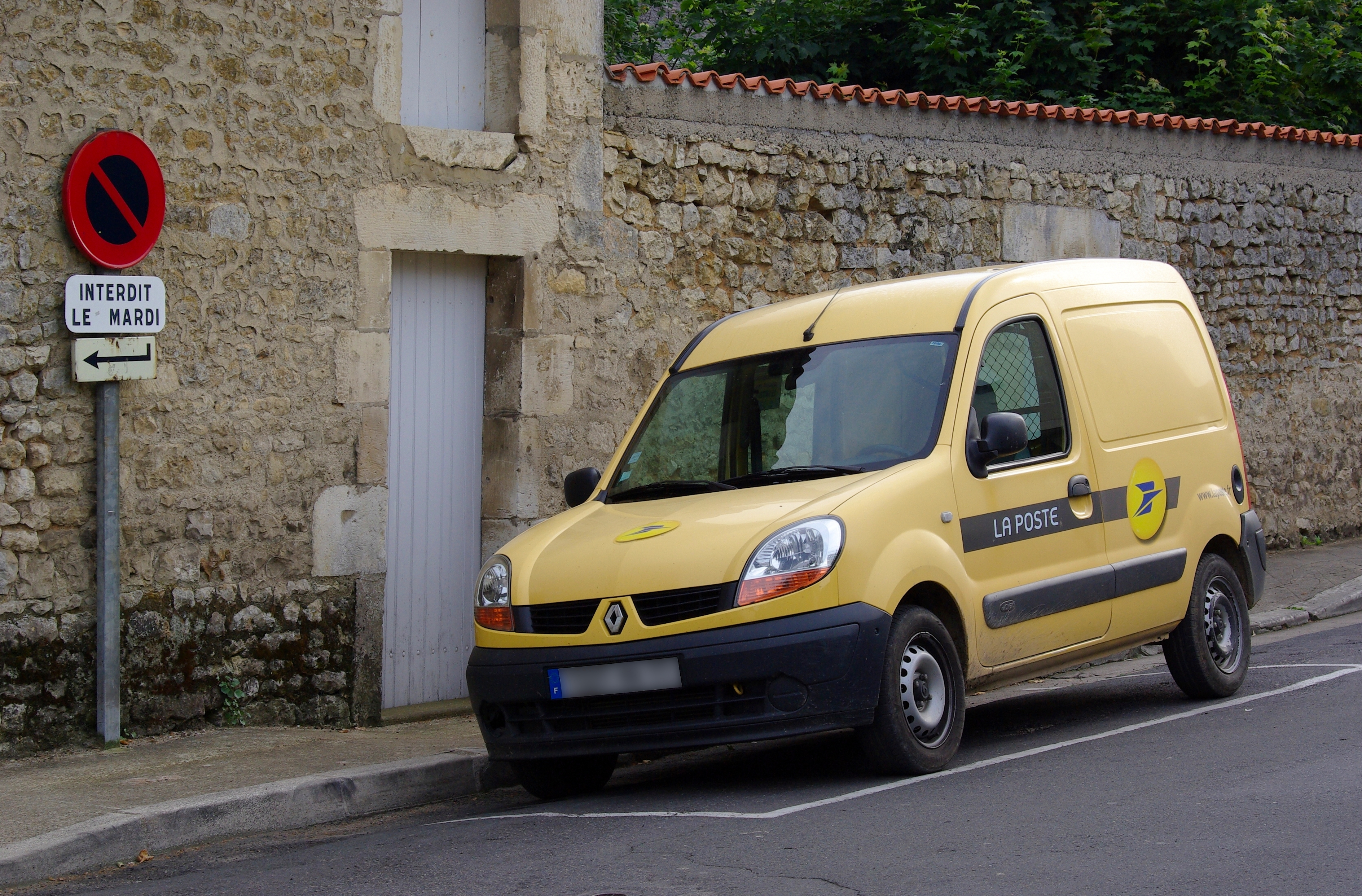 file renault kangoo la poste civray wikimedia commons. Black Bedroom Furniture Sets. Home Design Ideas