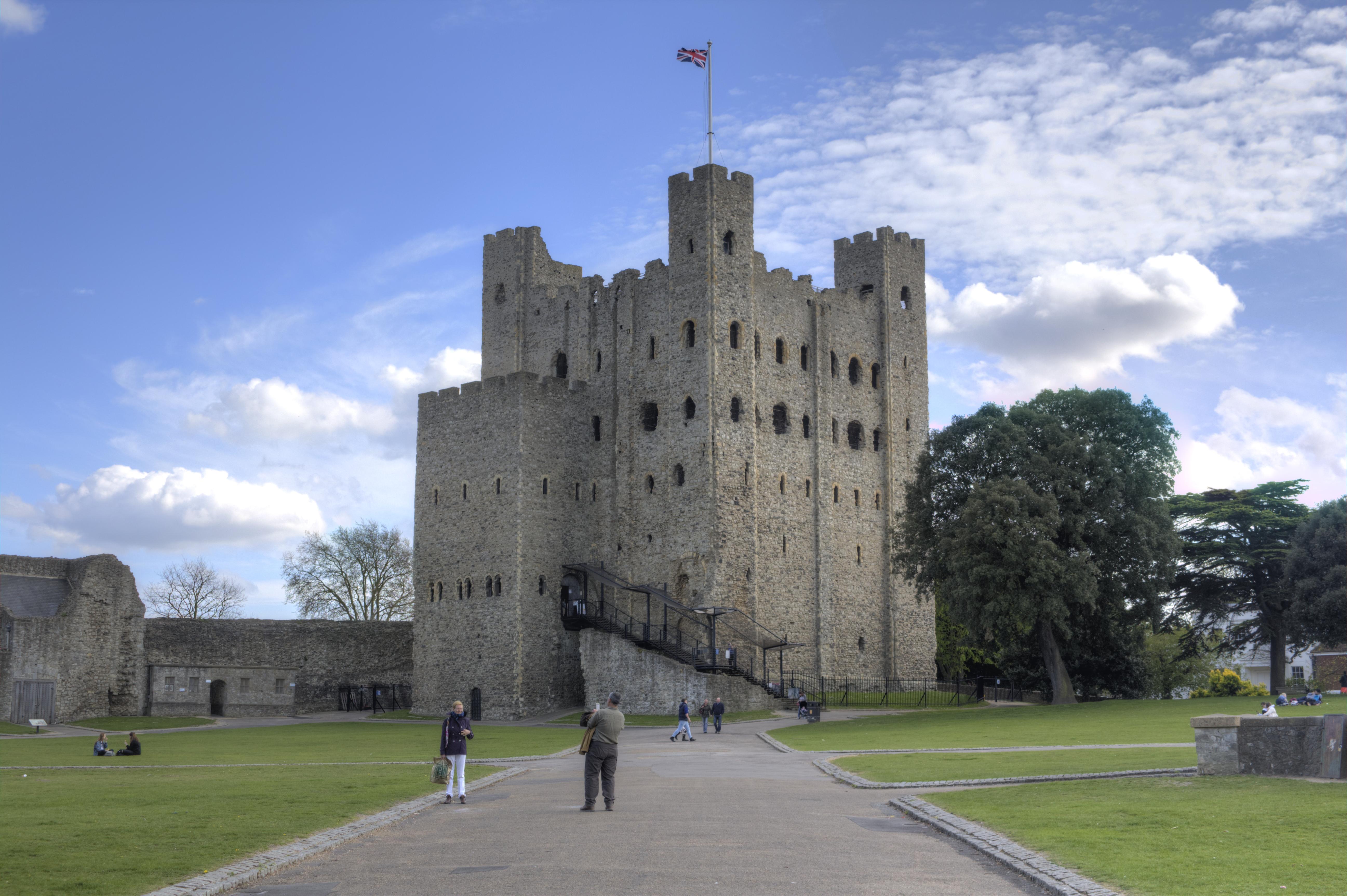File Rochester Castle Keep Northwest View Jpg Wikimedia