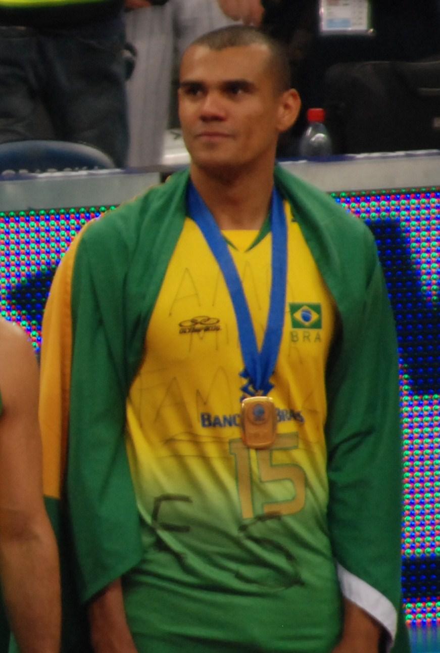 Rodrigo Nascimento Pinto ? Wikipédia, a enciclopédia livre