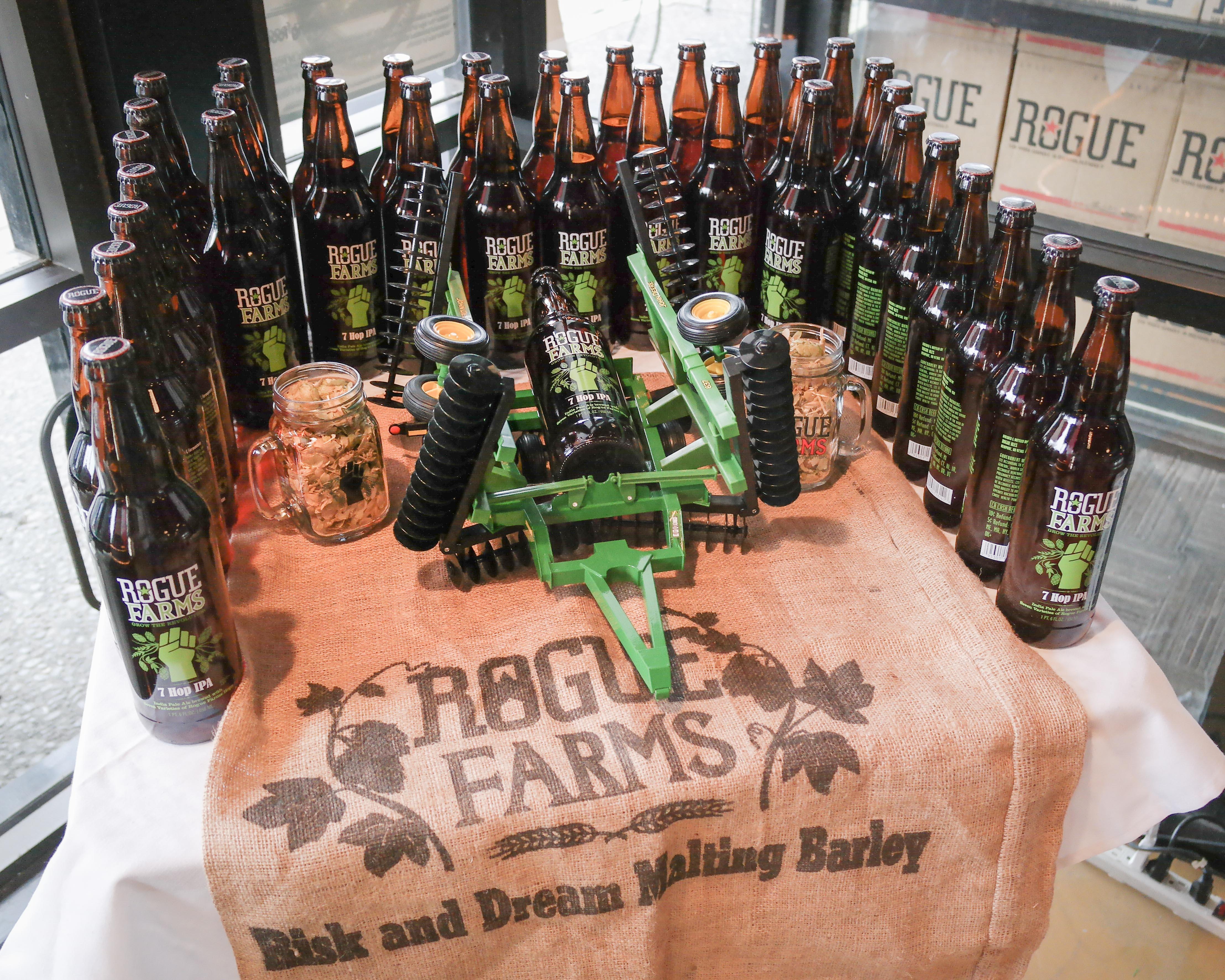 File:Rogue Farms 7-Hop IPA.jpg