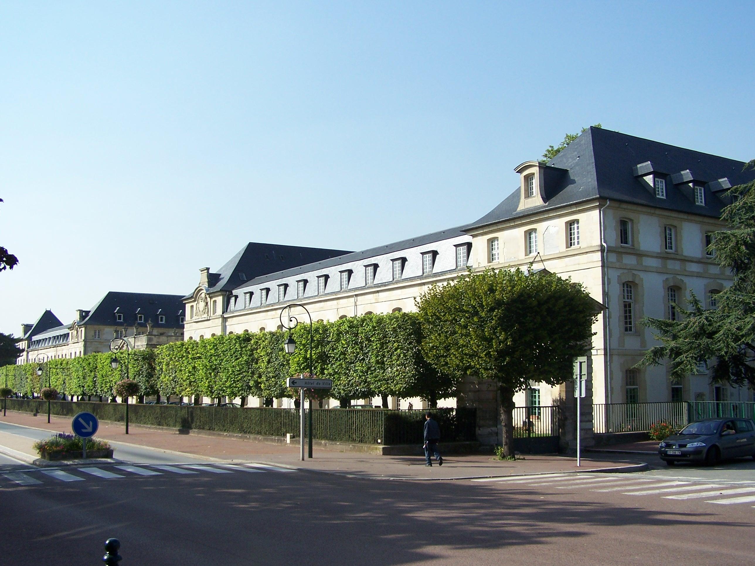 Saint-Cyr-l'Ecole France  city photos gallery : Fichier d'origine  2 576 × 1 932 pixels, taille du fichier : 978 ...