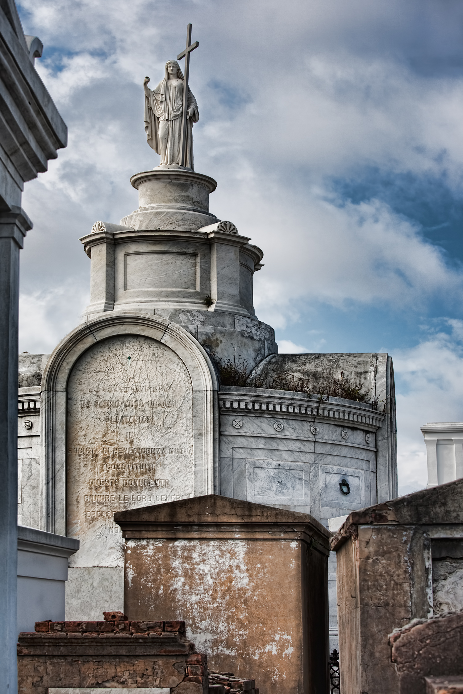 New Orleans Graveyard Tours