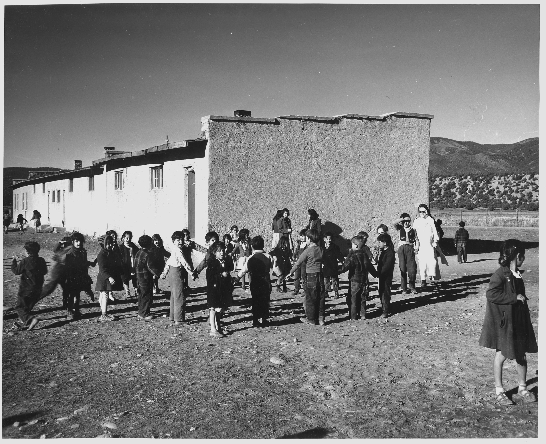 New mexico taos county penasco - File Taos County New Mexico Children Play In The Penasco Schoolyard School