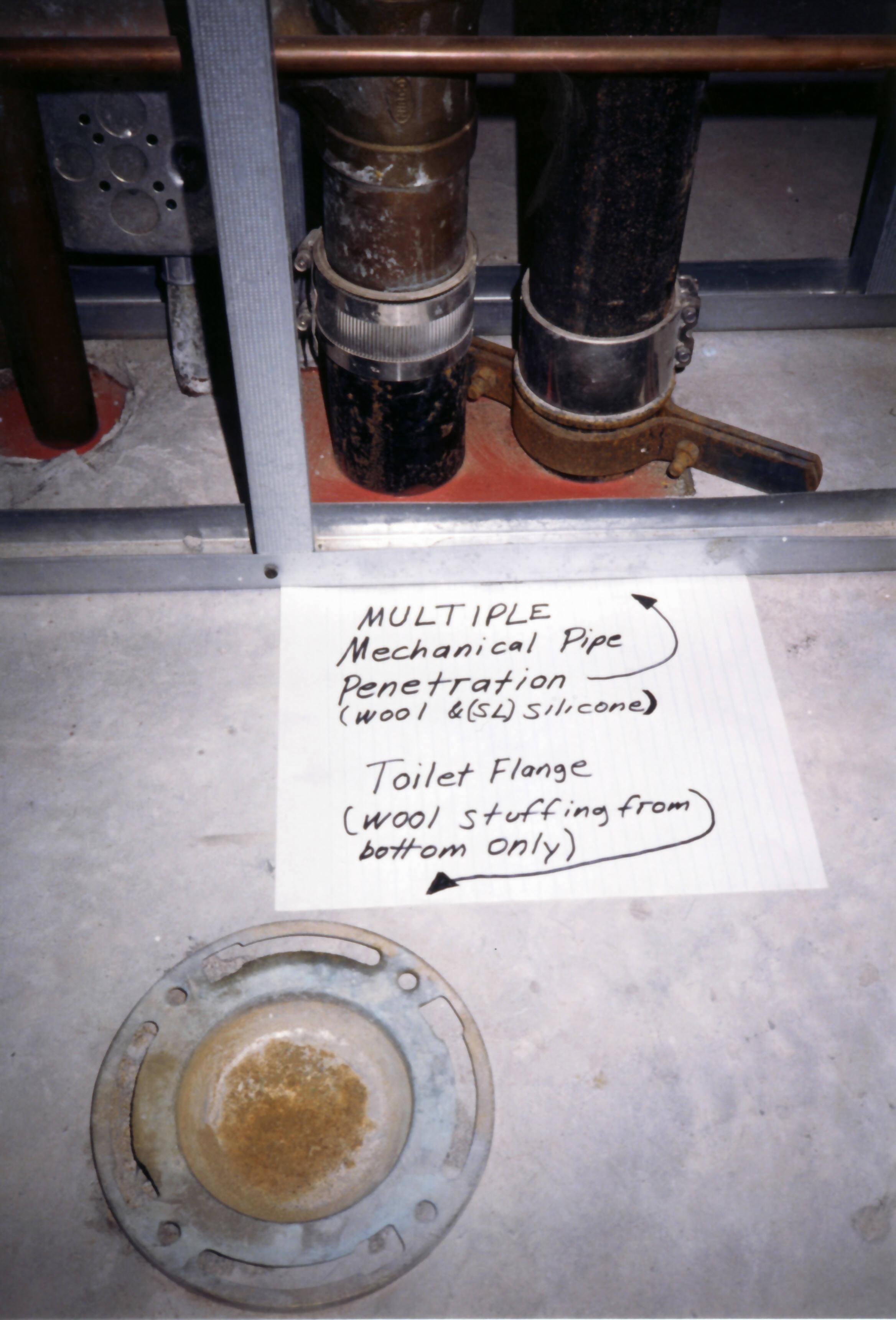 File:Toilet flange.jpg - Wikimedia Commons
