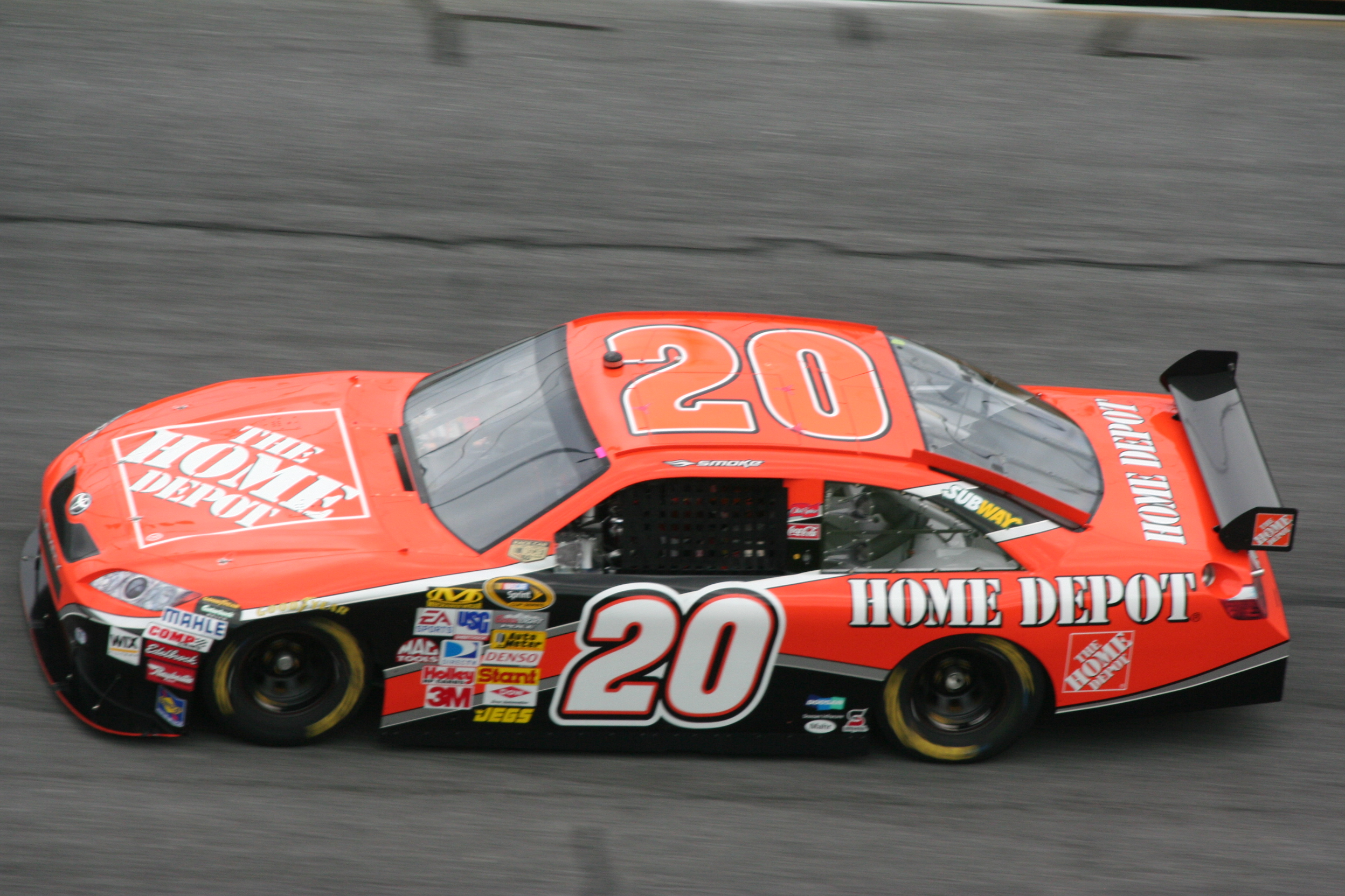 the home depot car driven by tony stewart in the nascar sprint cup series in 2008