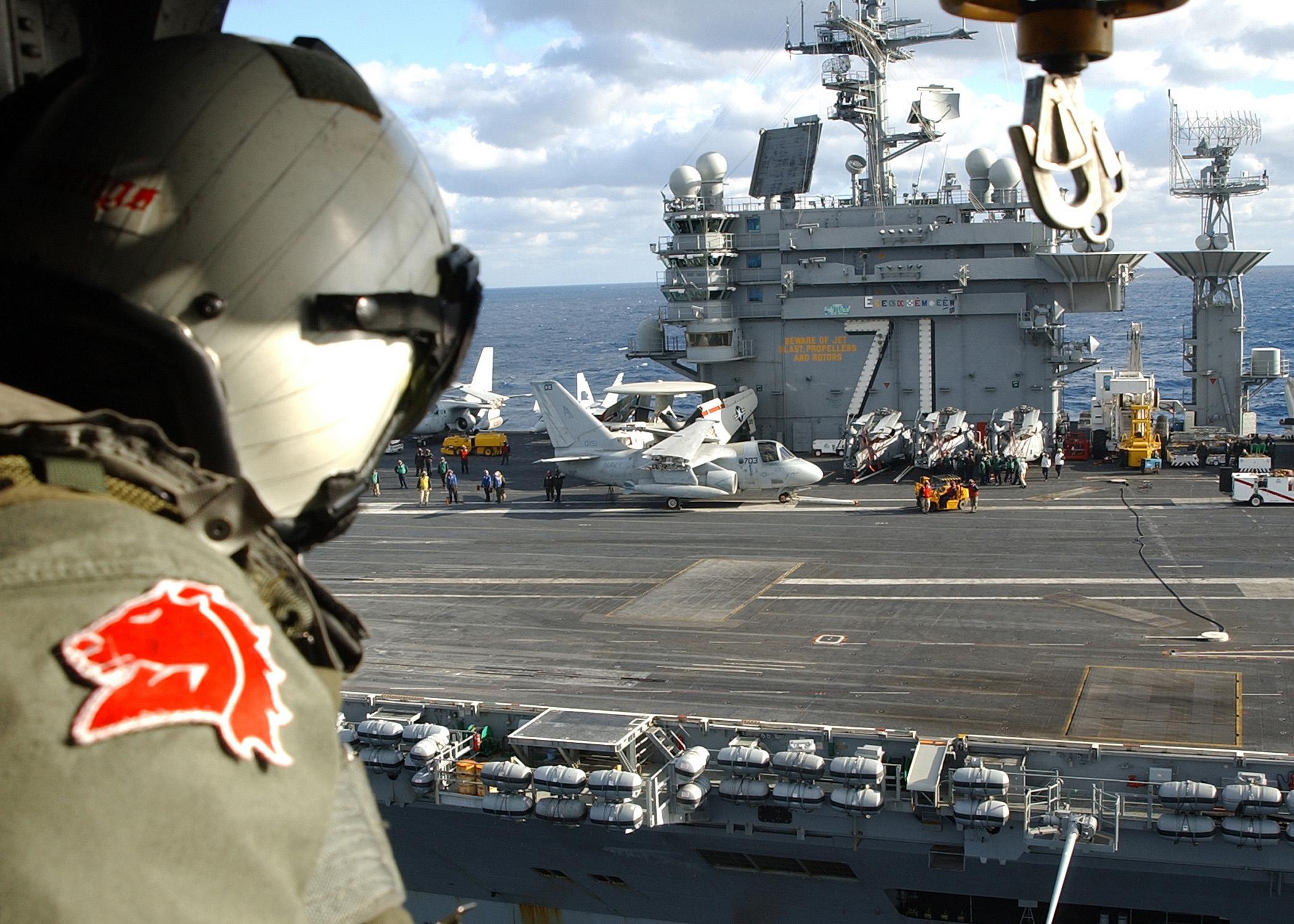 File:US Navy 021217-N-4374S-019 Aircrew Survival Equipmentman 1st ...