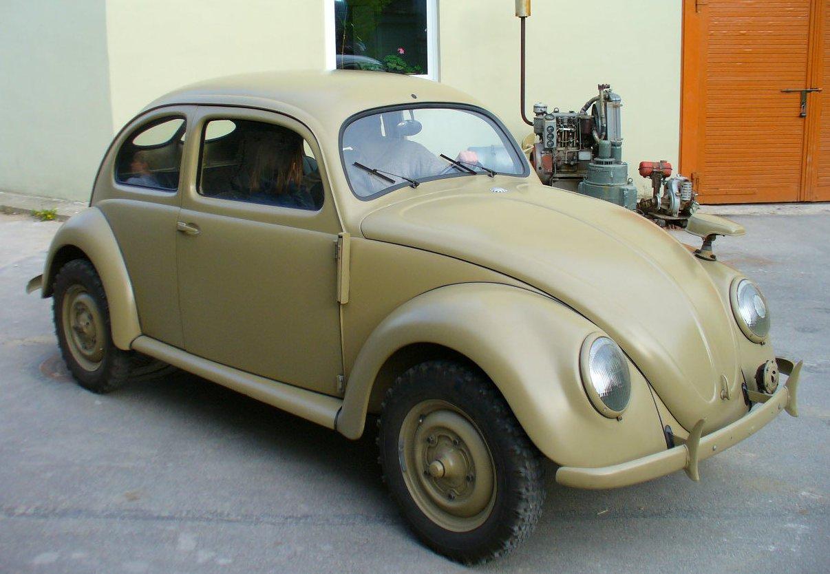 VW_Typ_82_E_1943_Technikos_muziejus_Vilnius.jpg