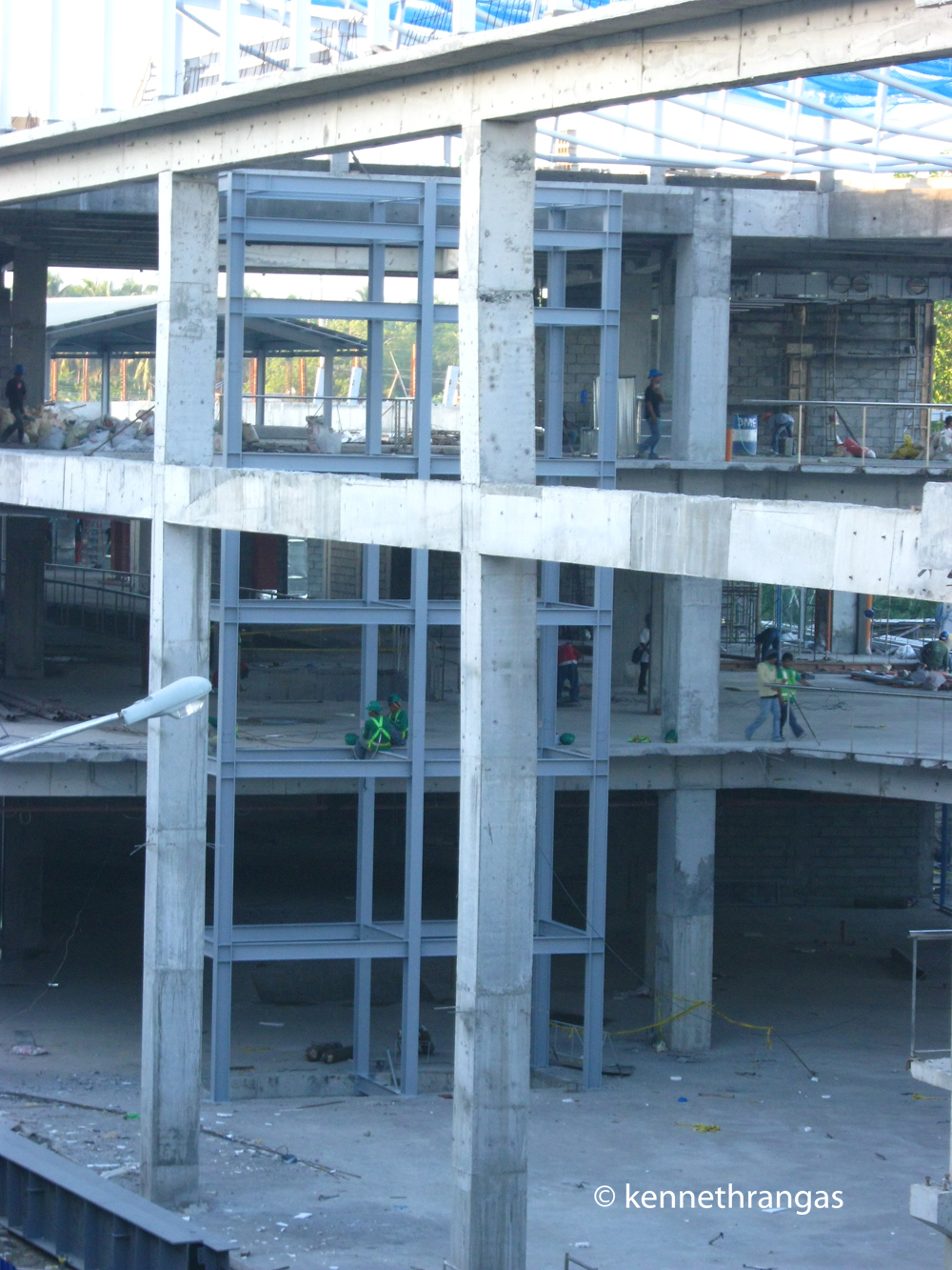 File Veranza Mall Under Construction Scenic Elevator Panoramio