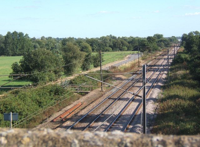 File:View of railway line from bridge - geograph.org.uk - 546430.jpg