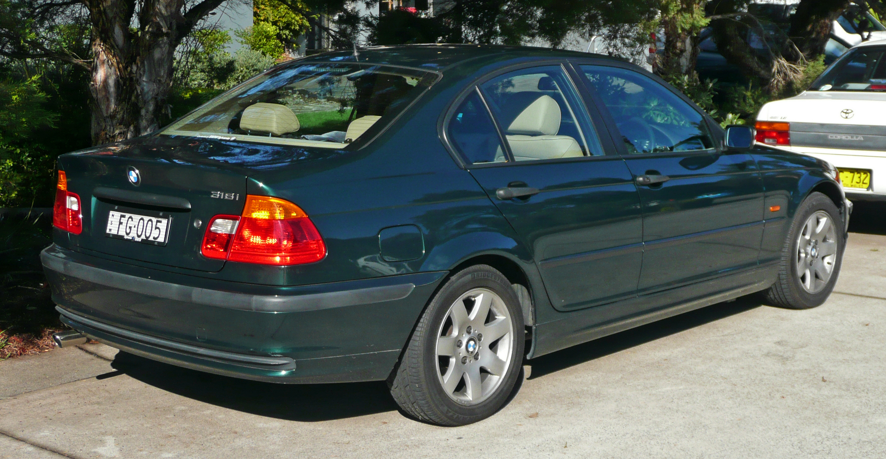1998 BMW 318i Automatic E46 related infomation ...