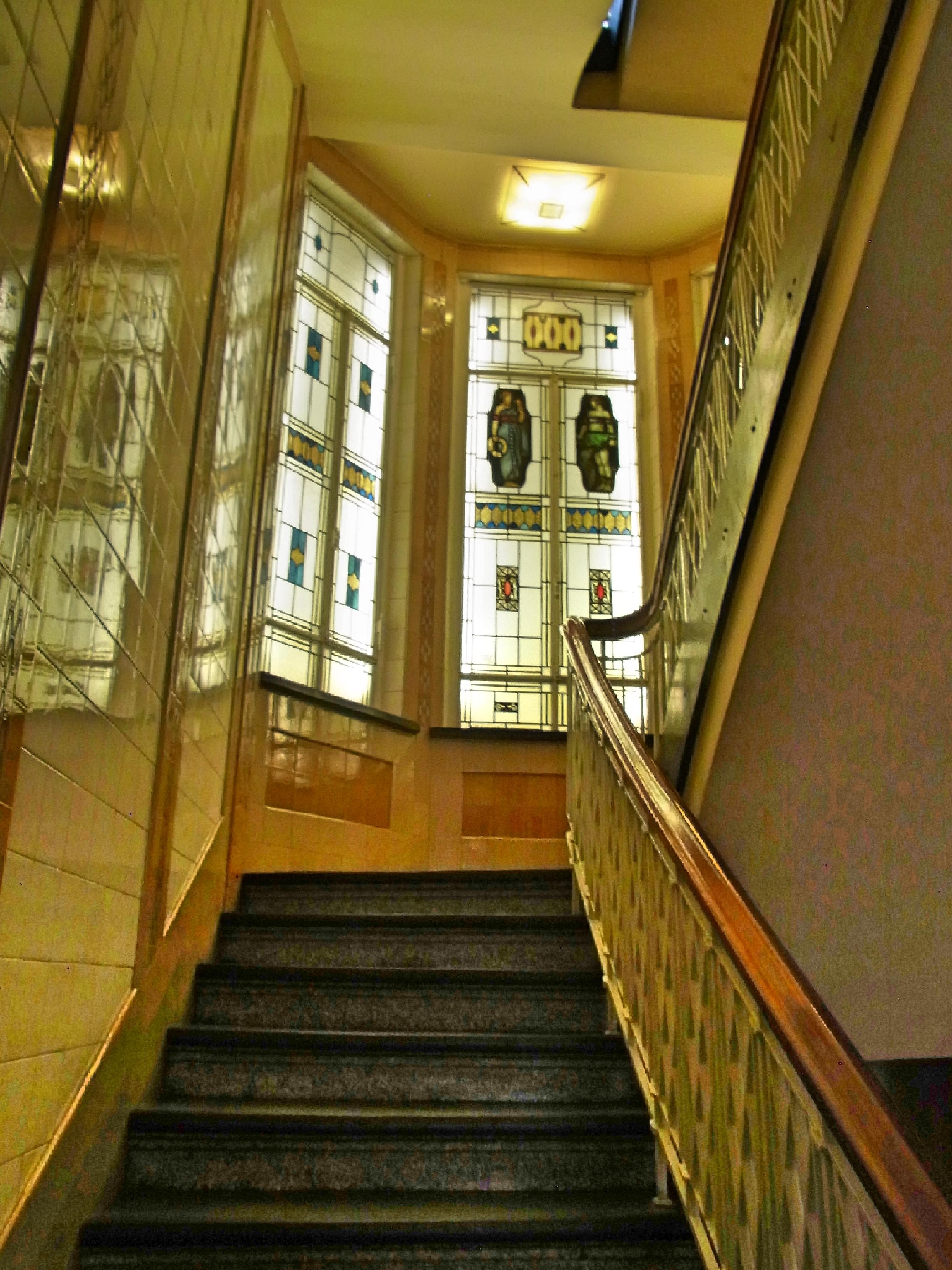 Le Treppenaufgang file adlerhof treppenhaus jpg wikimedia commons