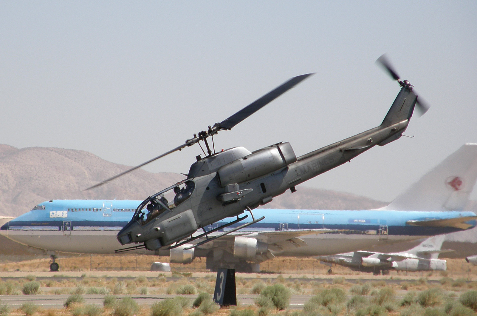 Bell AH-1 SuperCobra | Military Wiki | FANDOM powered by Wikia Ah