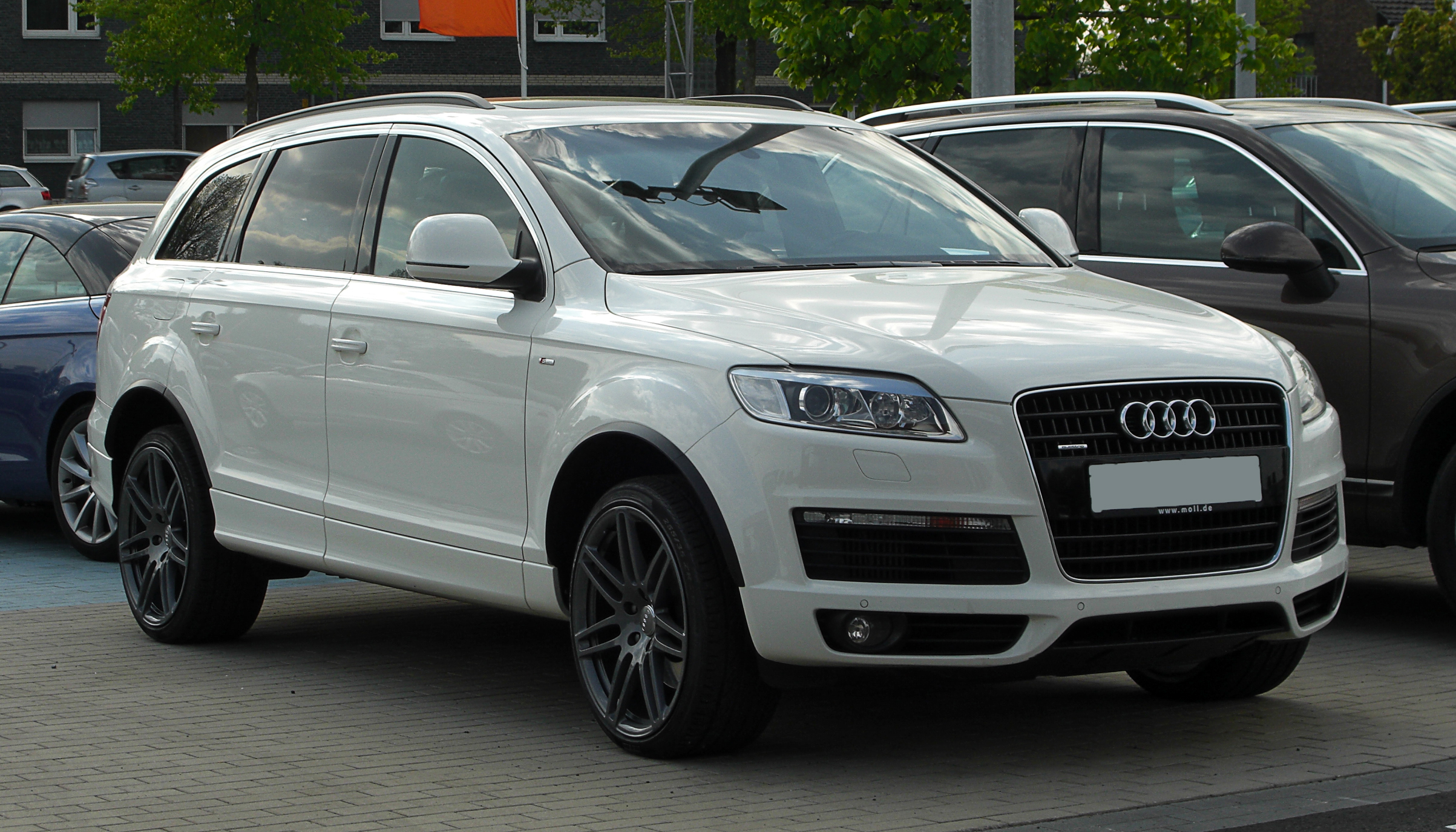Audi Q5 Wikipedia >> File:Audi Q7 S-line – Frontansicht, 17. April 2011 ...