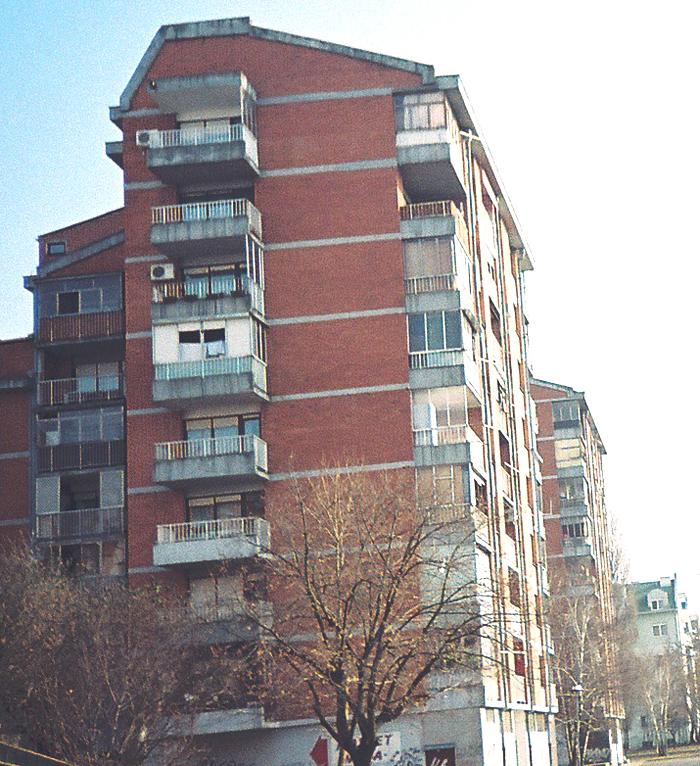 English: An apartment building in Avijatičarsko Naselje neighborhood in Novi Sad.