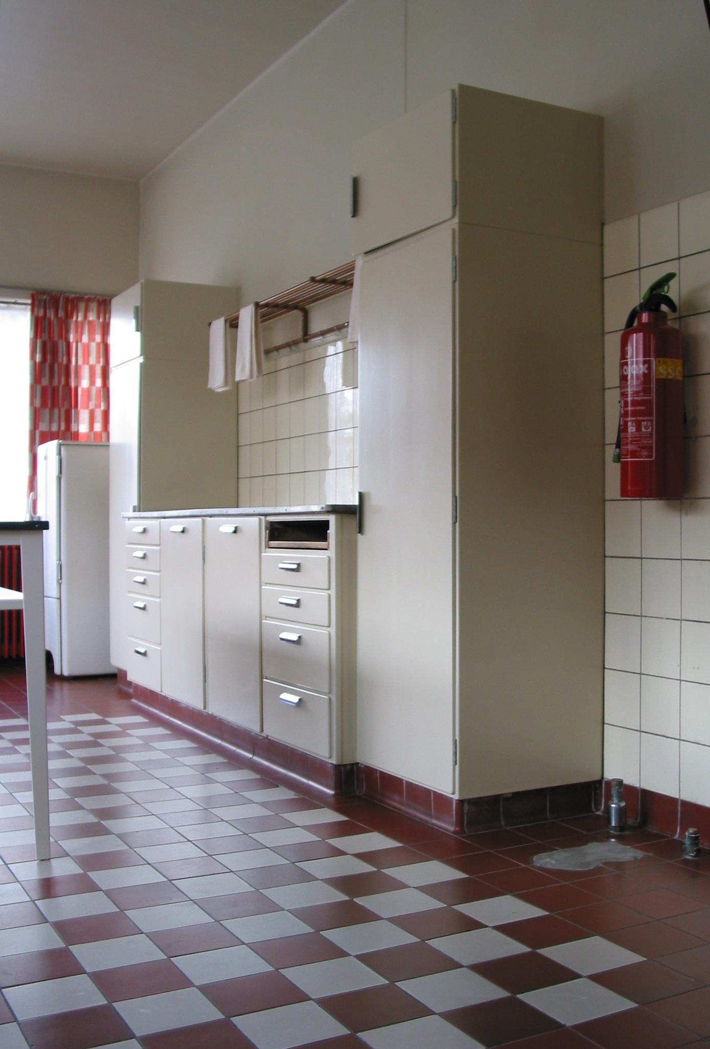 Handgrepen Keuken Piet Zwart : Piet Zwart Marina schrijft
