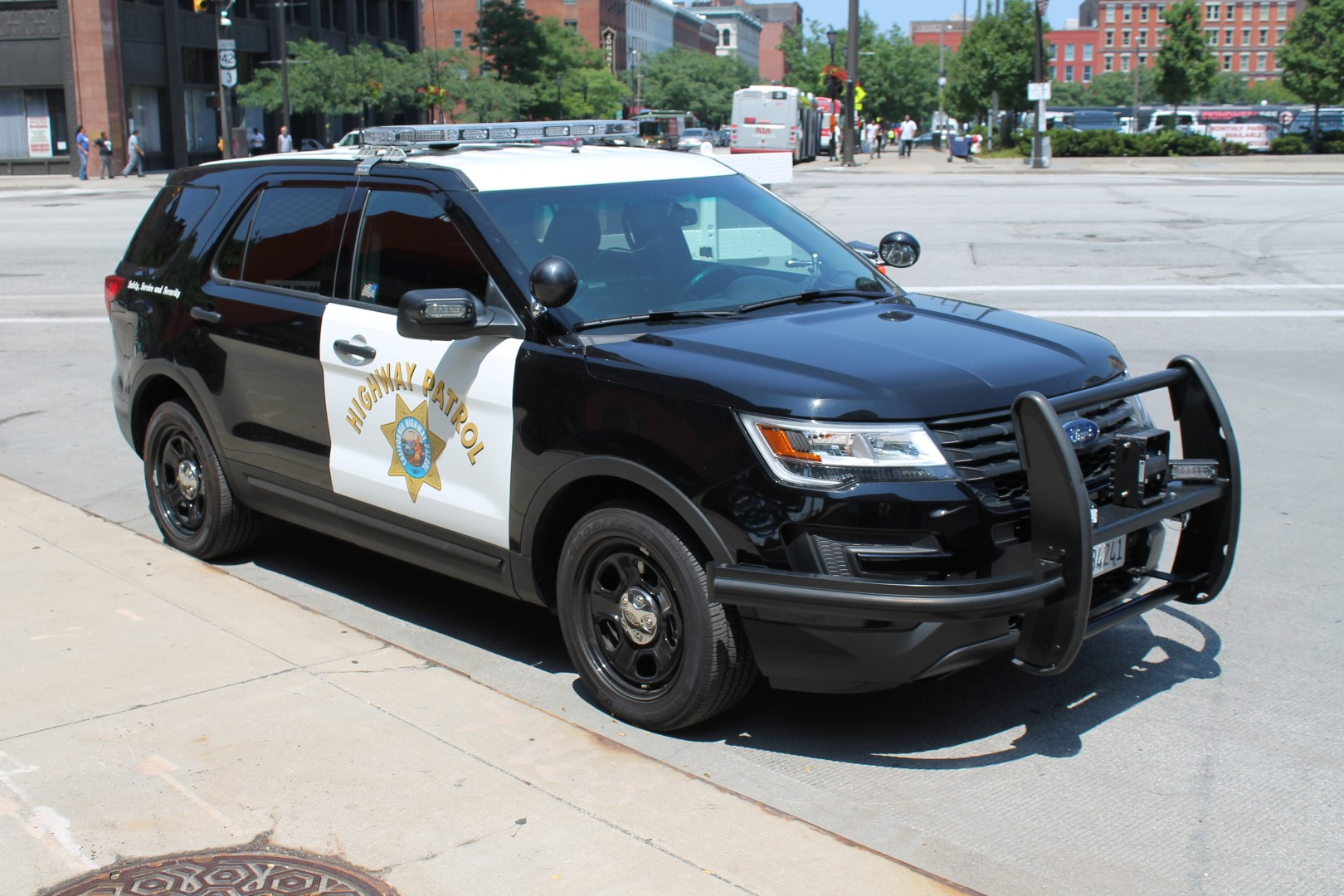 File:California Highway Patrol Ford Interceptor Utility