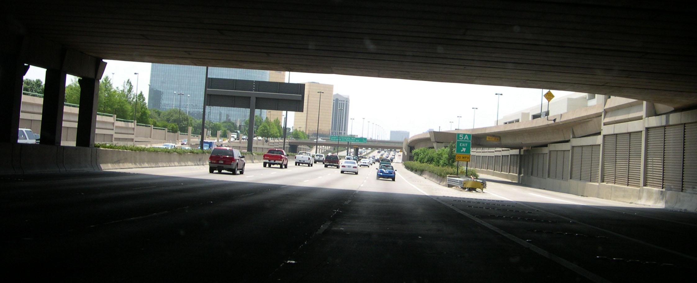 File:Central Expressway near NorthPark Center, Dallas, TX