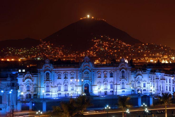 Night photo San Cristobal Hill