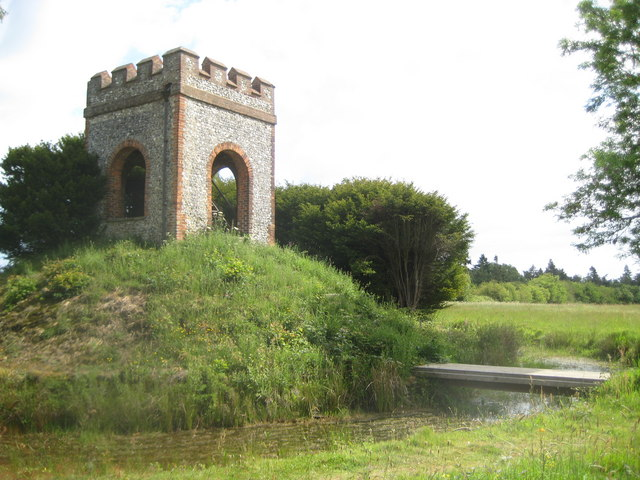 Chalfont St Giles, Captain Cook Monument and Moat - geograph.org.uk - 2430042