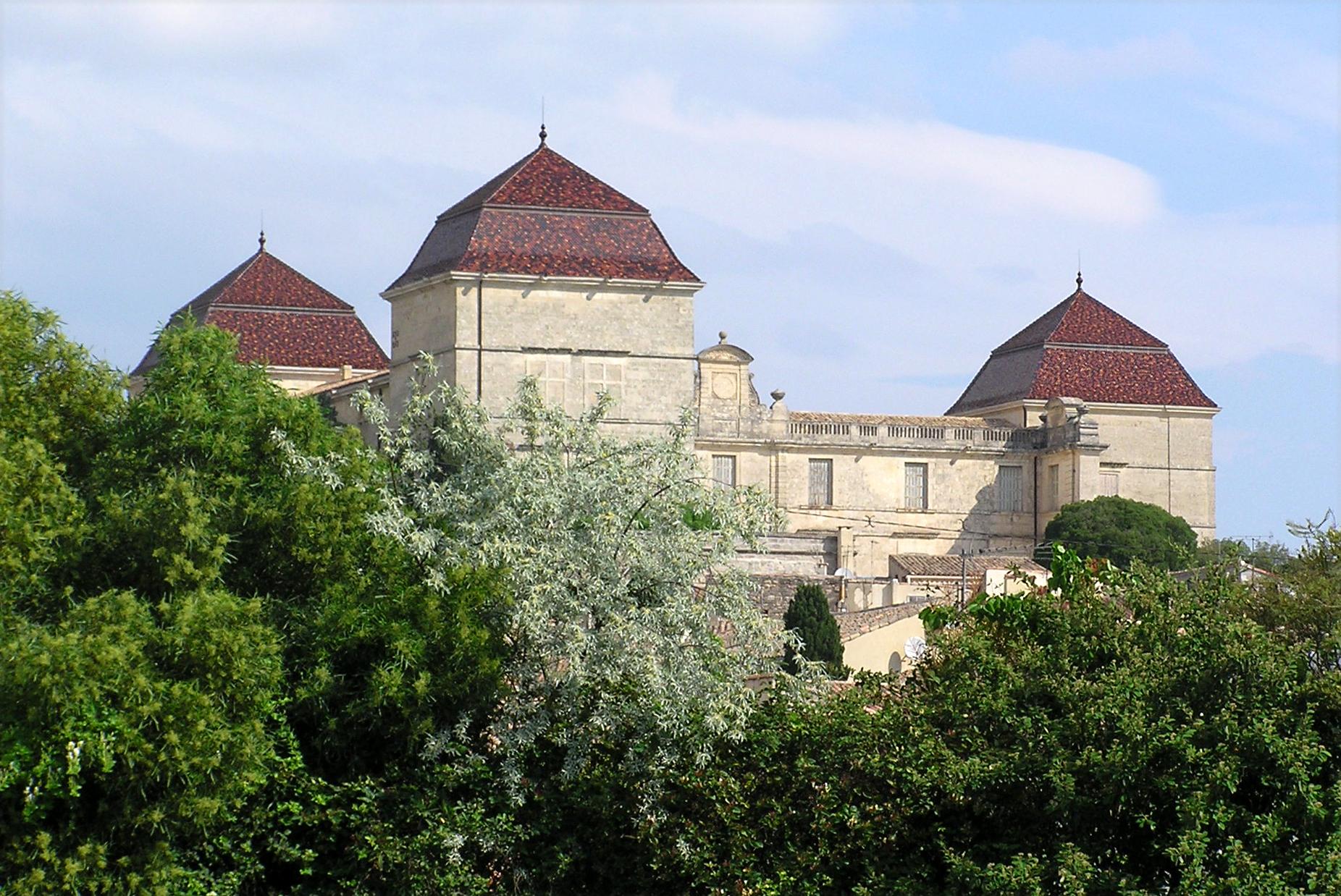 Castries France  City pictures : Chateau de Castries2 Wikimedia Commons