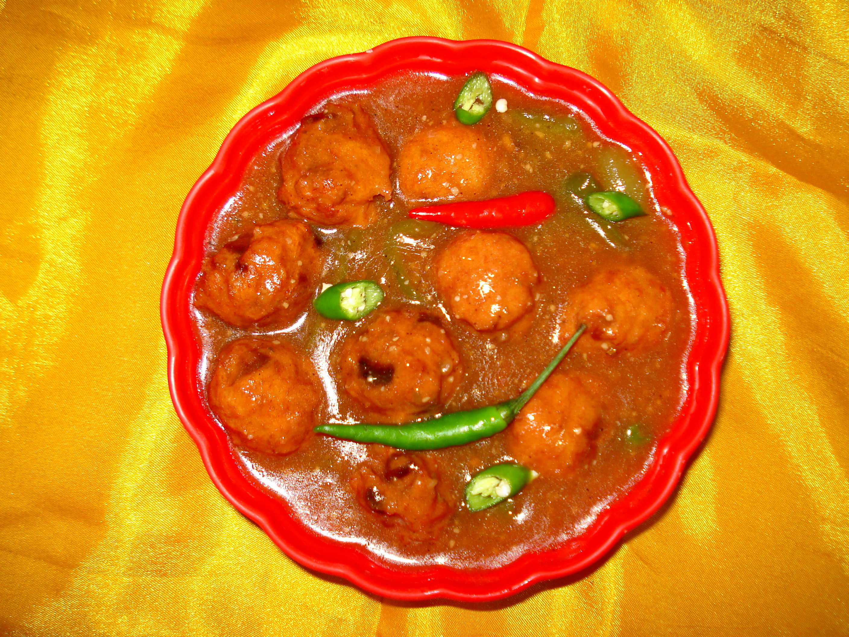 Cuisine of karachi chinese chicken manchurian chicken manchurian is a popular dish of china its preparation takes some time but it is a tasty dish it is prepared in two parts then combined forumfinder Choice Image