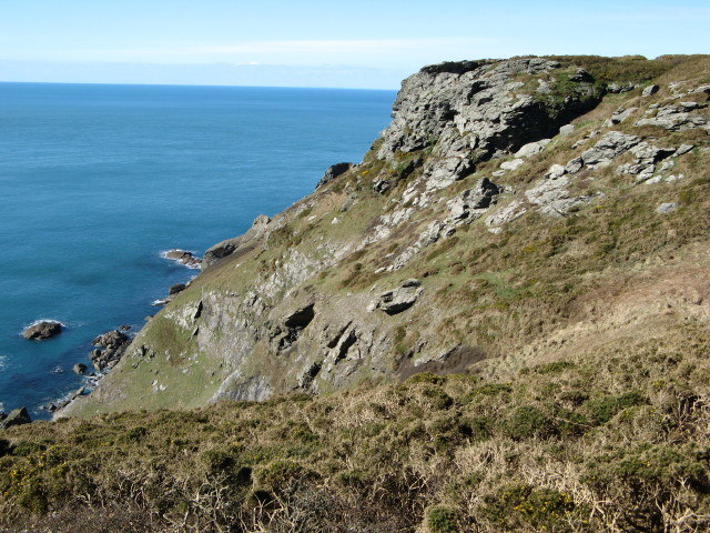 Cliff at Bolberry Down, Bolberry - geograph.org.uk - 373008
