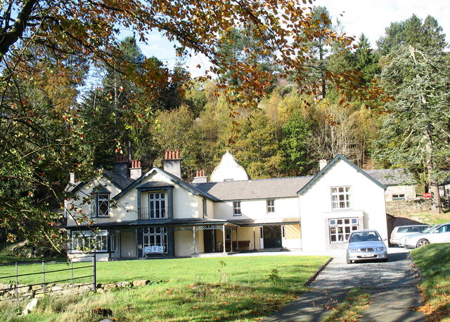 Craflwyn Hall - geograph.org.uk - 276712