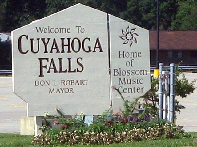 cuyahoga falls single guys Meet cuyahoga falls (ohio) men looking for dating at american site if you are a single woman seeking for single cuyahoga falls guys join our ohio online dating.