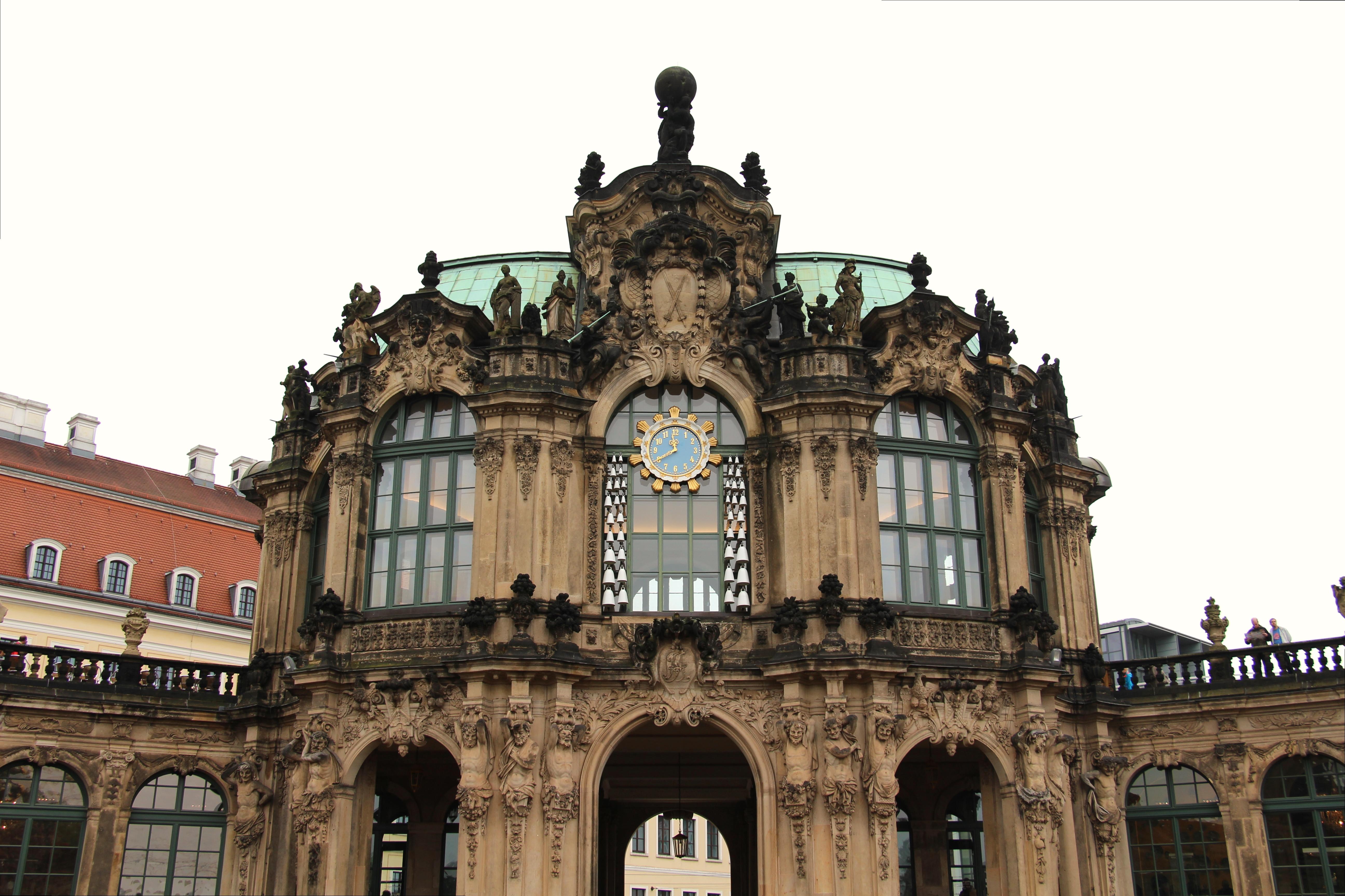 File Dresden Zwinger Glockenspielpavillon Jpg Wikimedia Commons