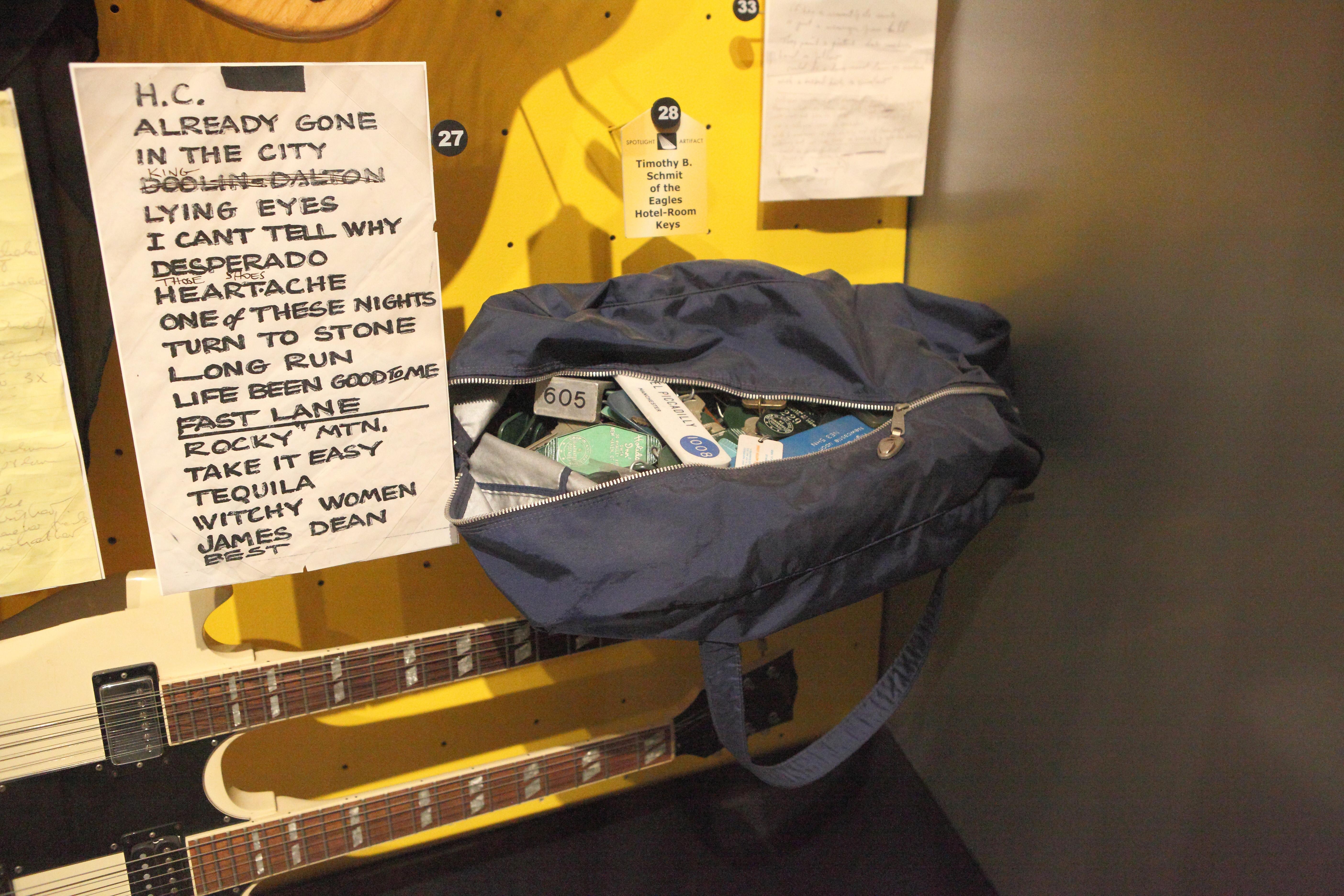 File:Eagles, Timothy B  Schmit's Bag of Hotel Keys - Rock
