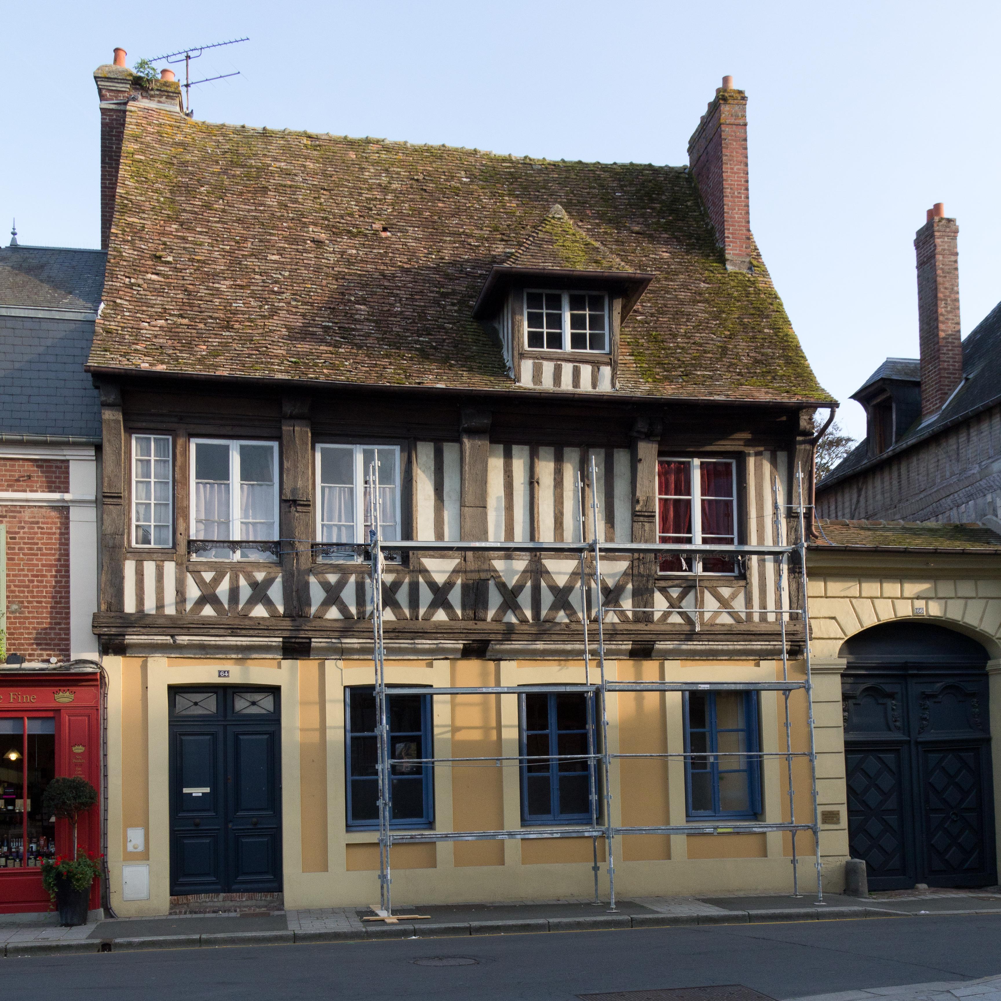 File fa ade de la maison pans de bois au 64 rue saint - Facade maison 2 couleurs ...