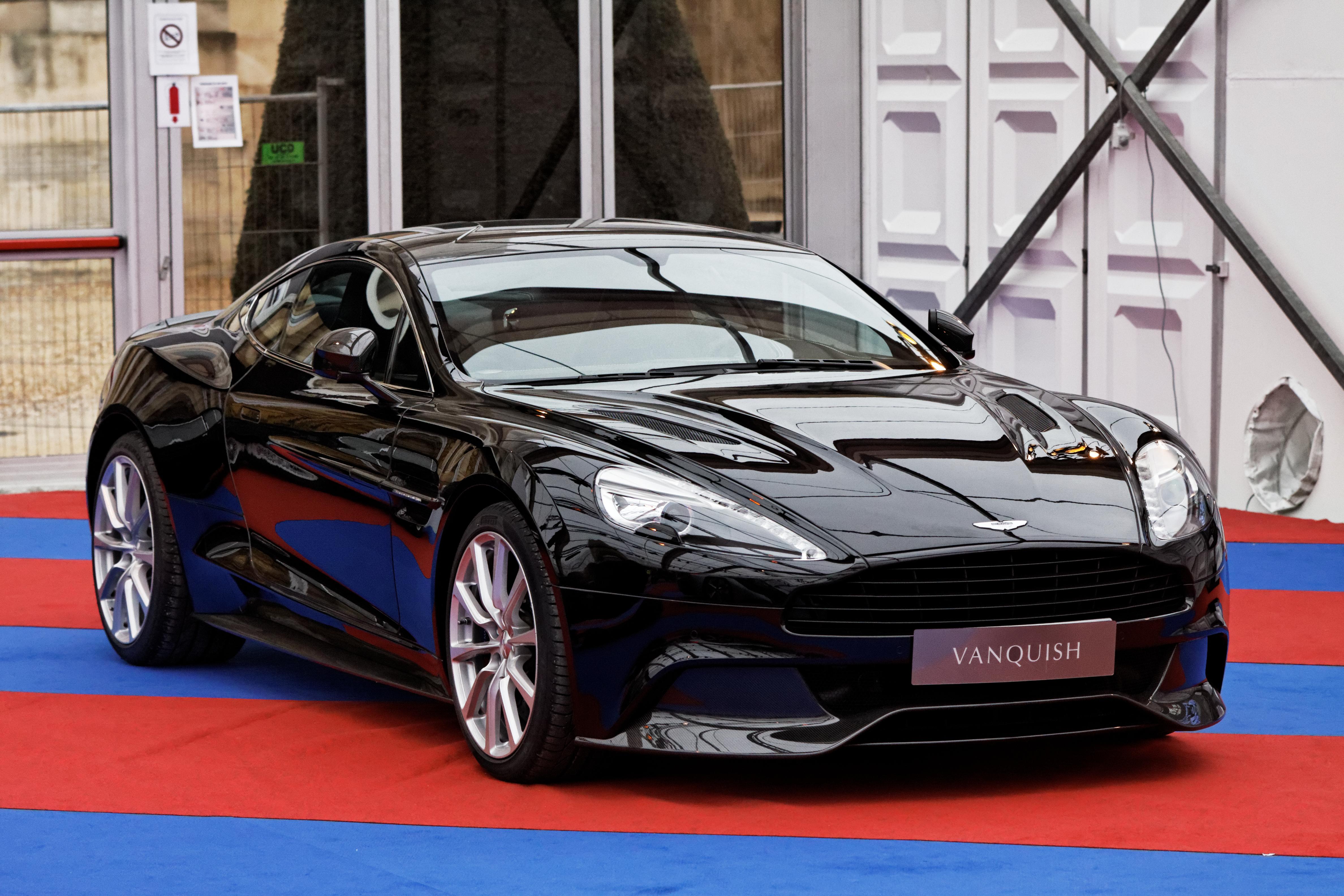 File Festival Automobile International 2013 Aston Martin Vanquish