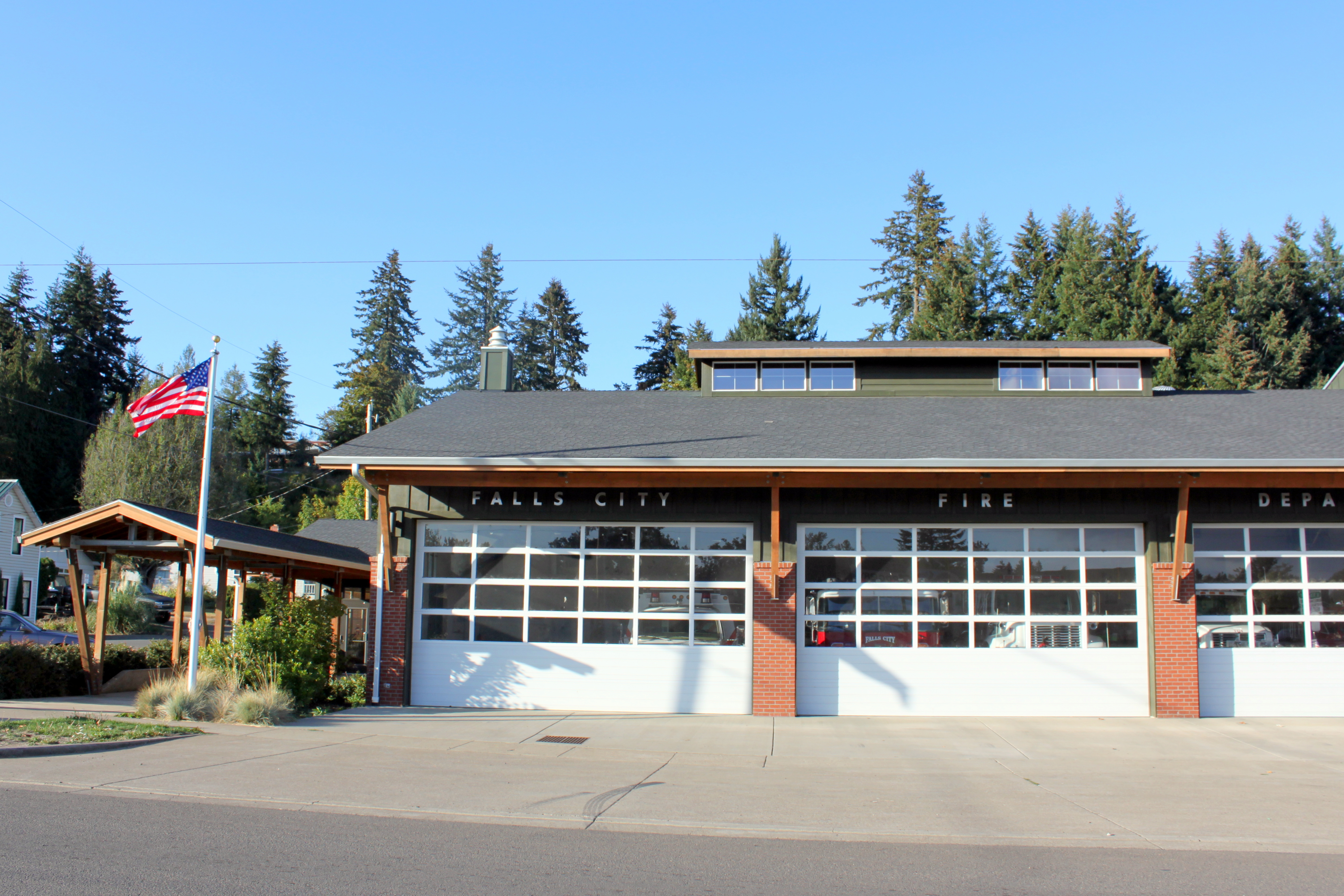 File:Fire department - Falls City Oregon.jpg - Wikimedia Commonsfalls city city
