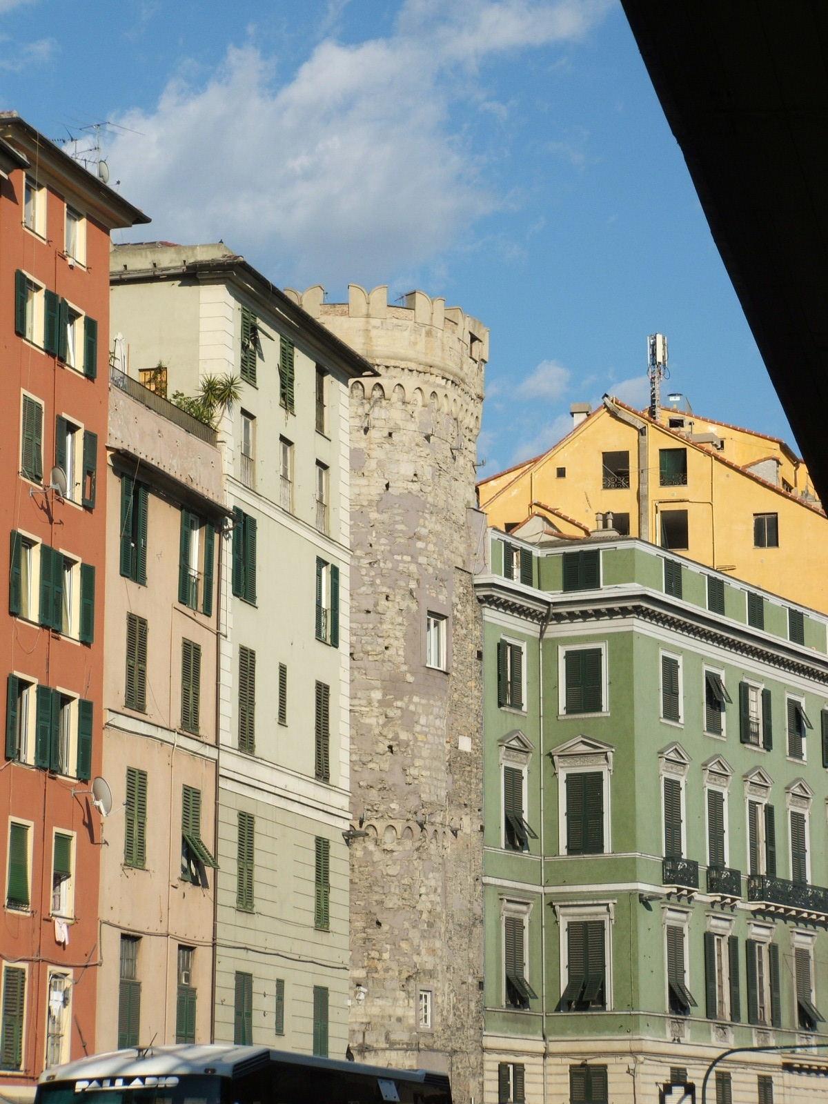 Palazzo lomellini serra wikipedia for Arredo bagno via gramsci genova