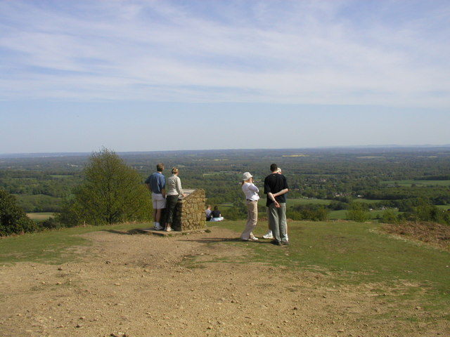 Holmbury Hill - geograph.org.uk - 793258