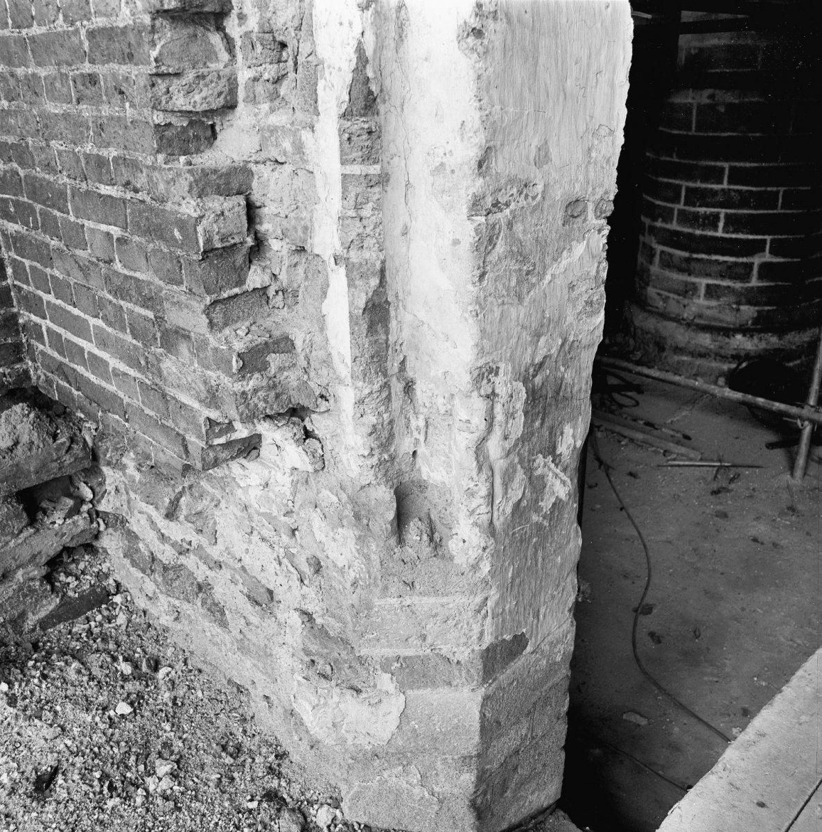 File interieur zuid toegang tijdens restauratie for Binnen interieur