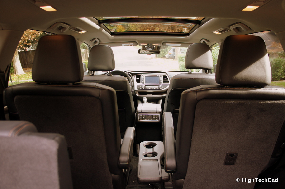 Interior Of Toyota Highlander 2018 Toyota Highlander Interior Review Car And Driver What