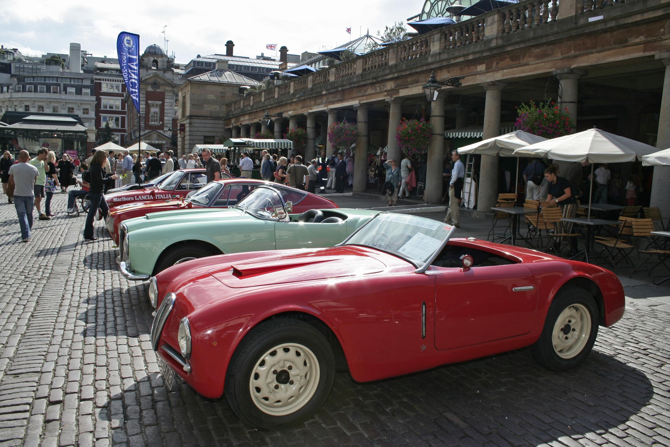 http://upload.wikimedia.org/wikipedia/commons/9/9c/Lancia_Aprilia_Ghia.jpg