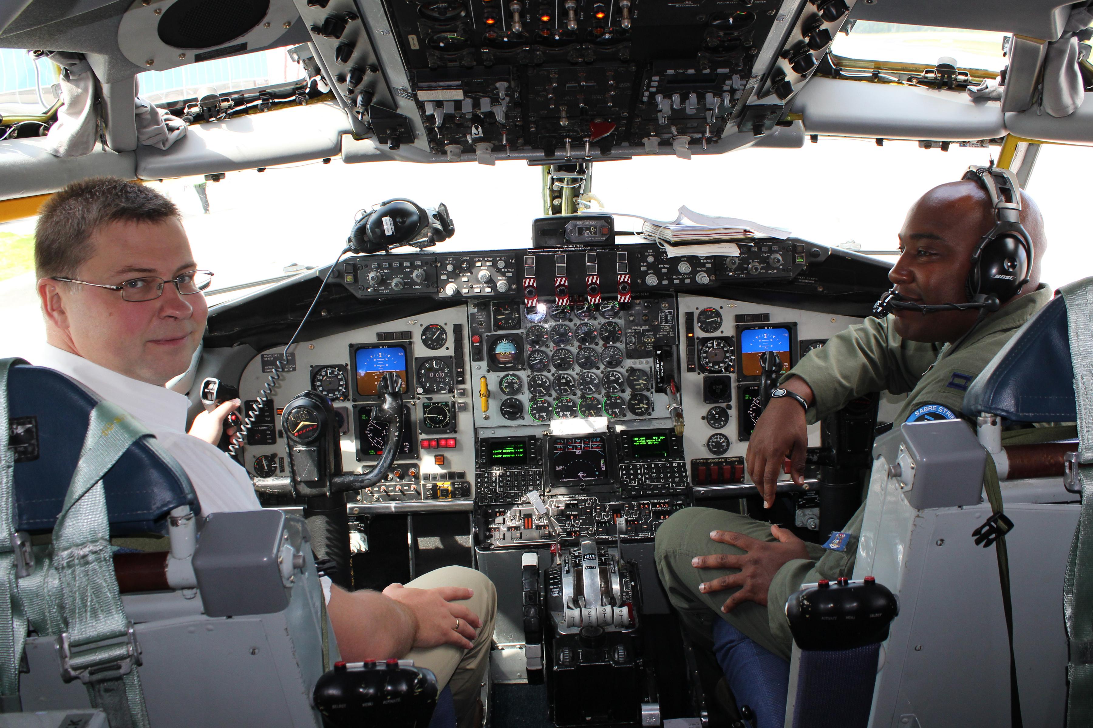 File Latvian Prime Minister In The Cockpit Of Kc 135