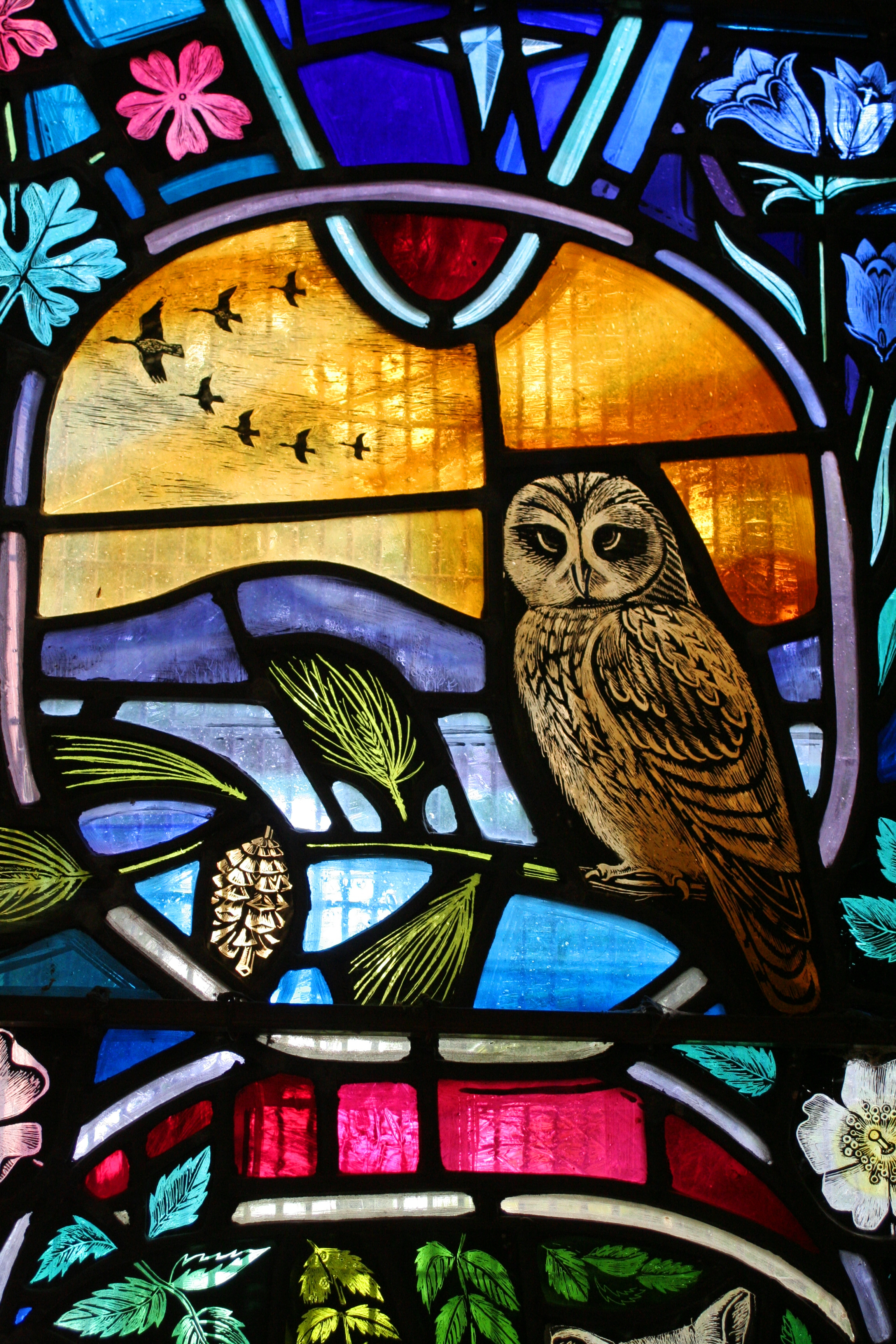 File local wildlife stained glass window dornoch for Fenetre en vitrail