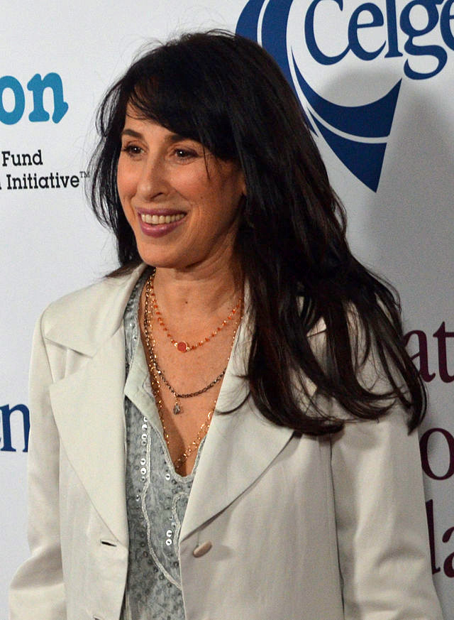 Maggie Wheeler - Wikipedia
