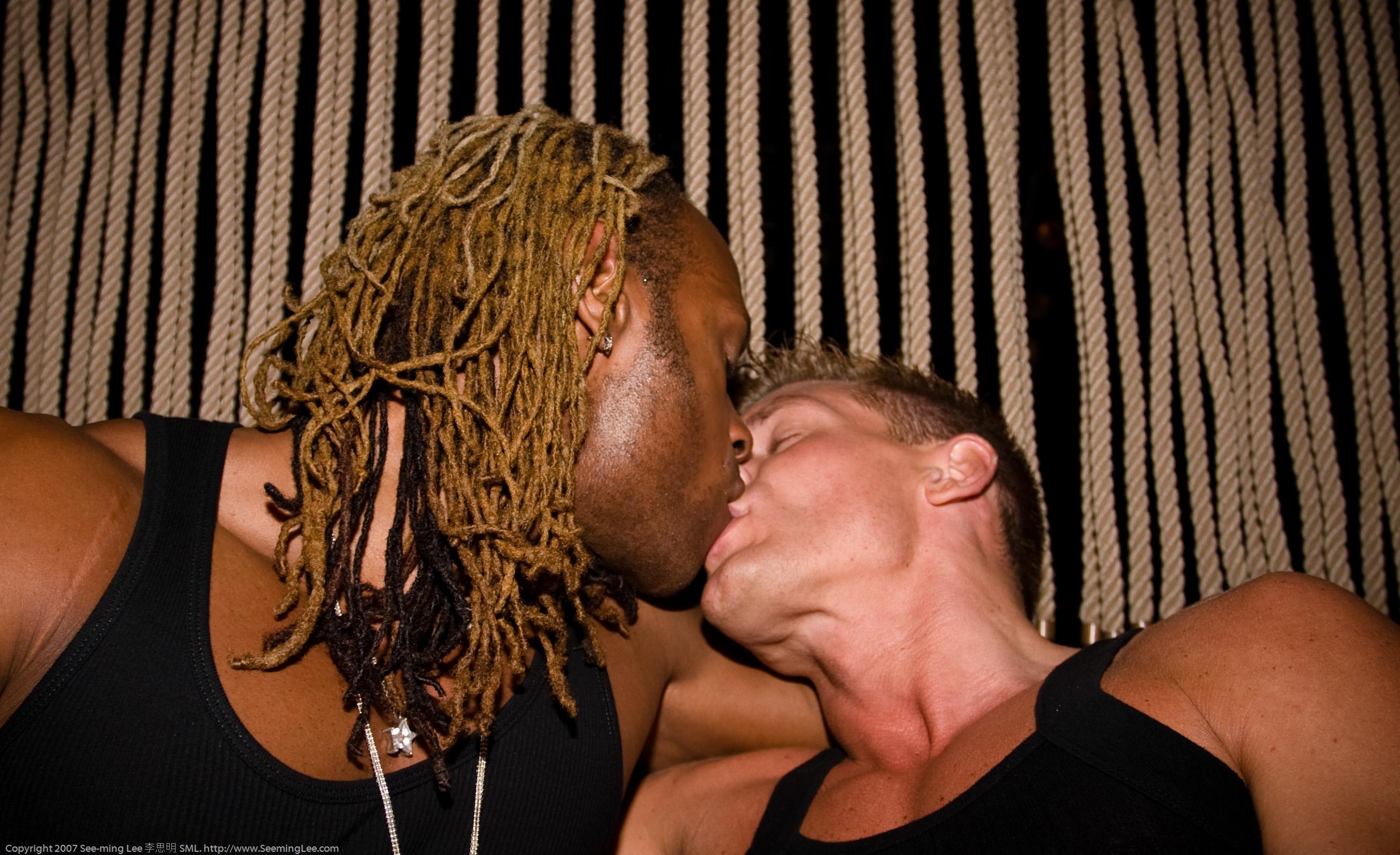 Sex oralny w bondage ameteur mamuśki porno