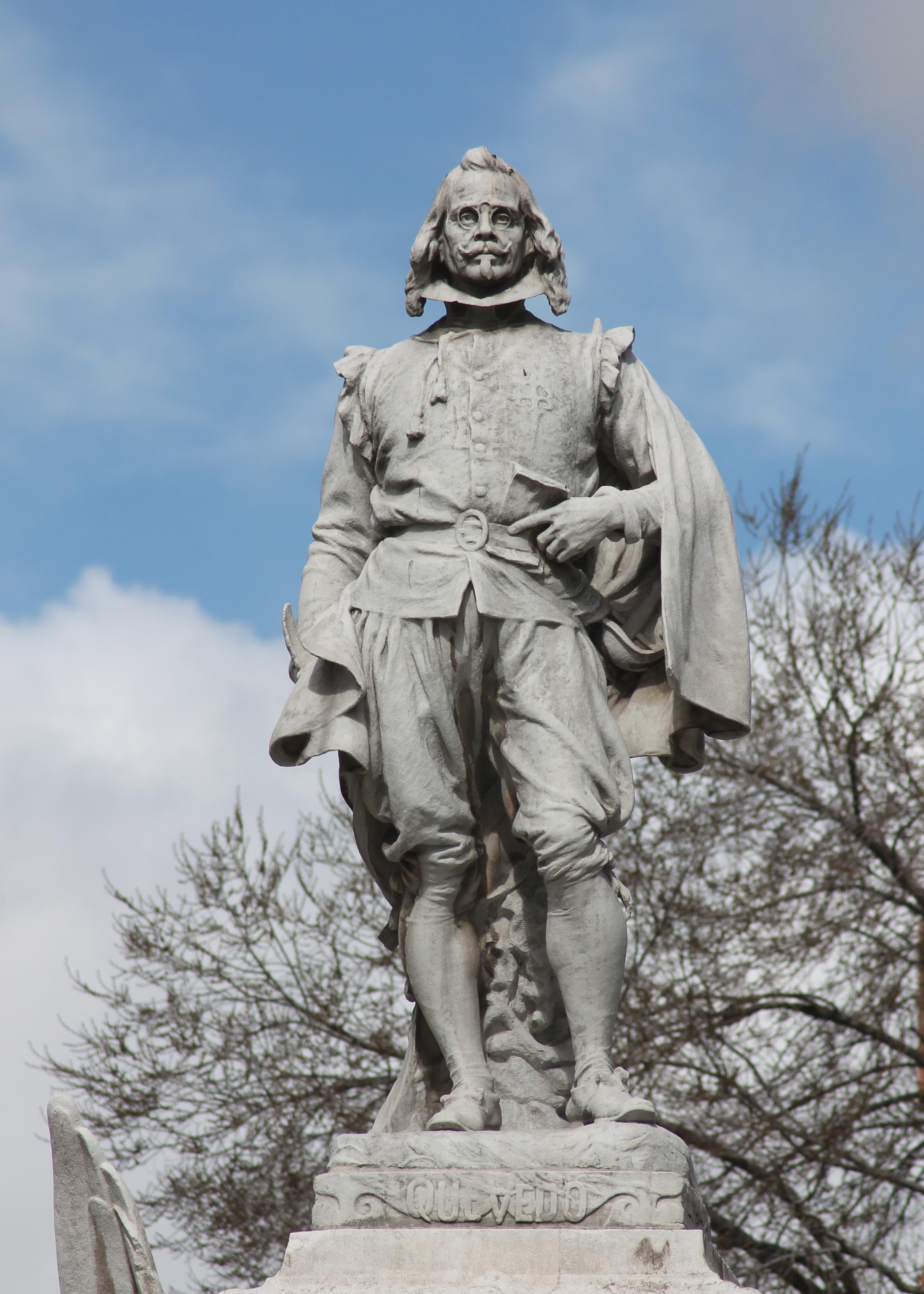 Estatua del monumento a Quevedo en la glorieta homónima de Madrid (A. Querol, 1902).