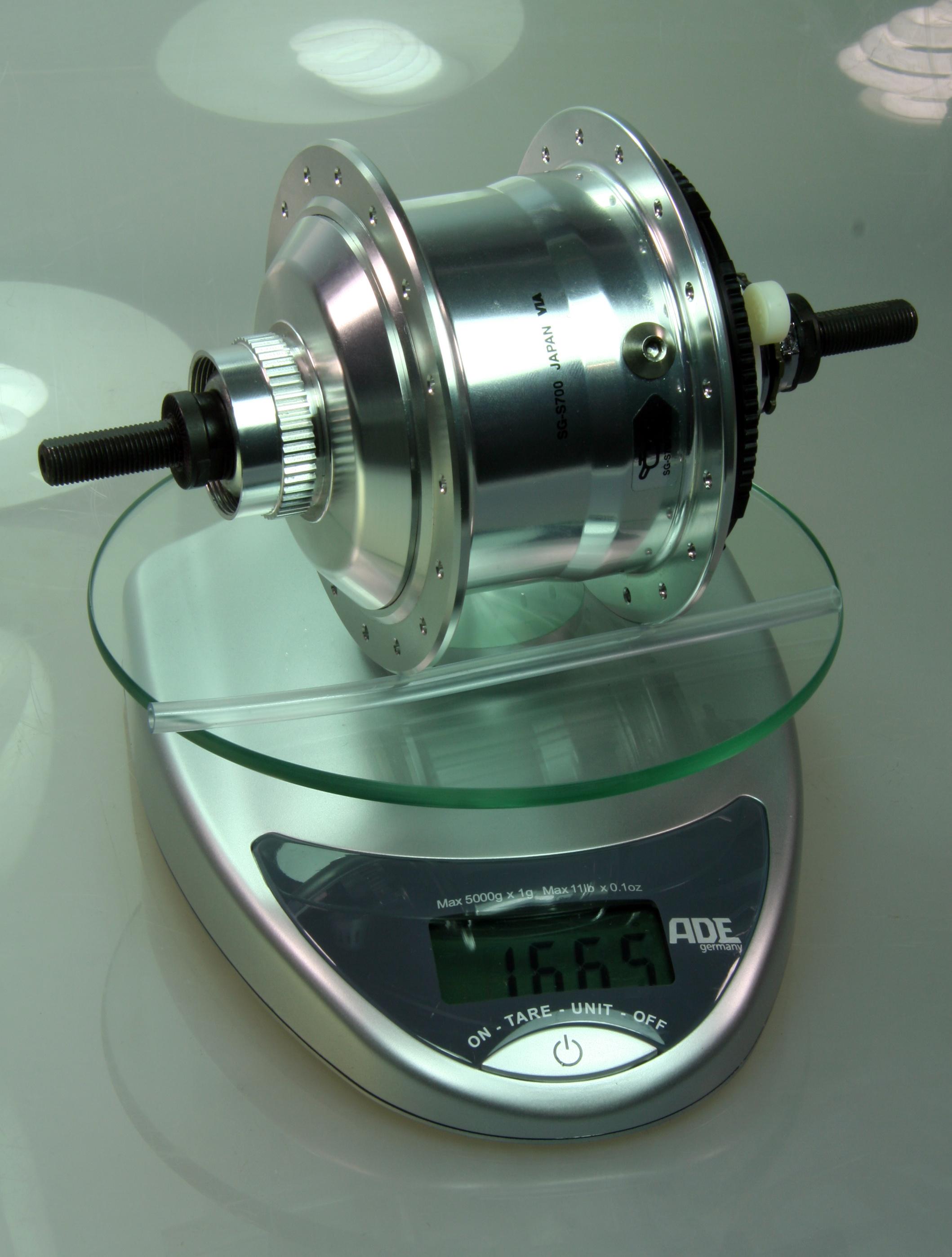 Nabenvergleich-rohloff-speedhub-shimano-alfine-01.jpg