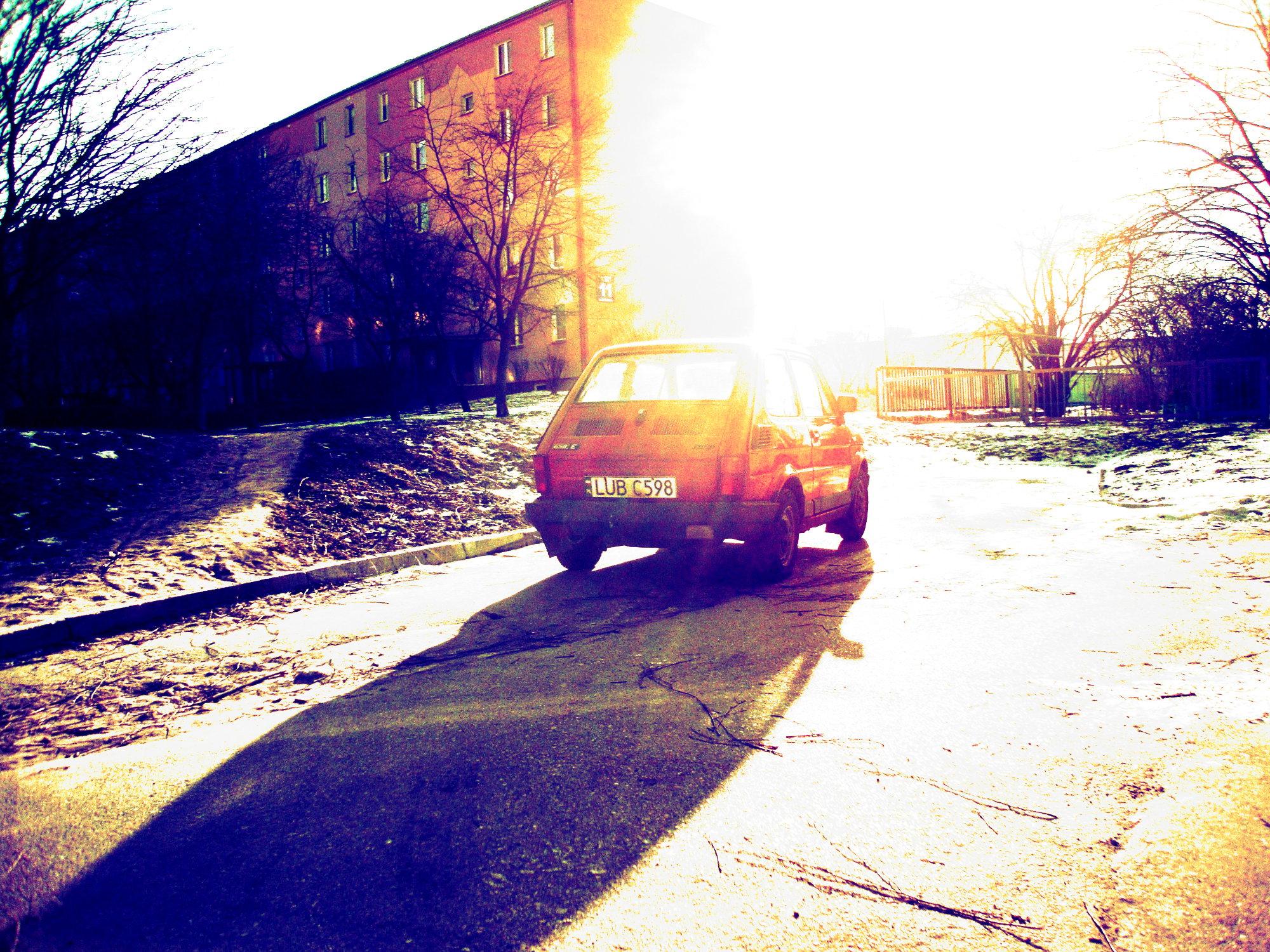 File Overexposed Picture Of Polski Fiat 126p Fl 650e Jpg