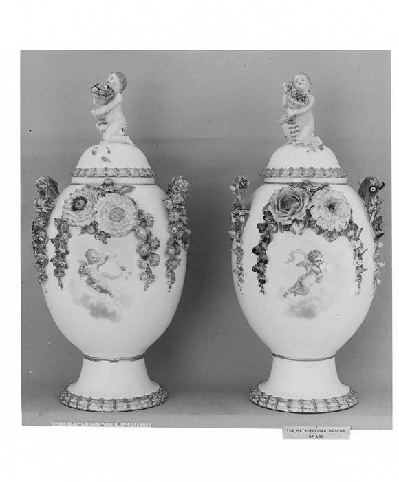 Filepair Of Vases Met 6594g Wikimedia Commons