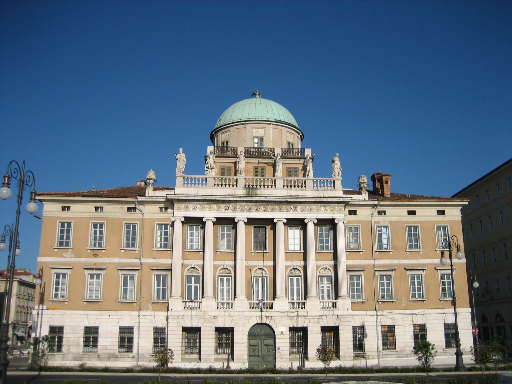 Archivo:Palazzo Carciotti Trieste.jpg - Wikipedia, la enciclopedia ...