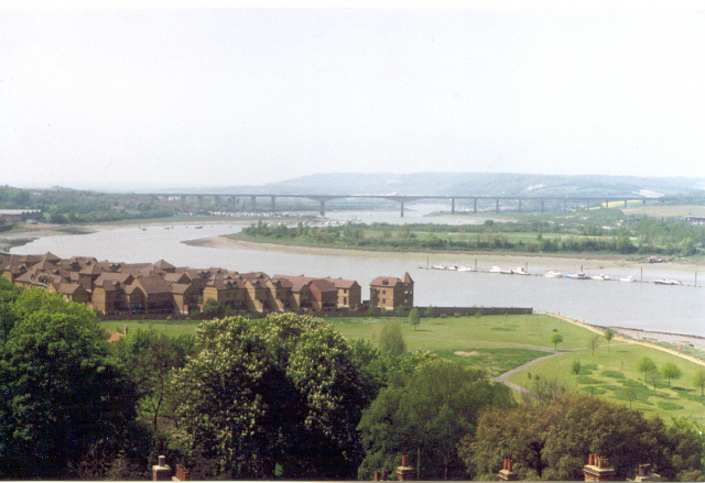 River Medway, Rochester, Kent - geograph.org.uk - 167570