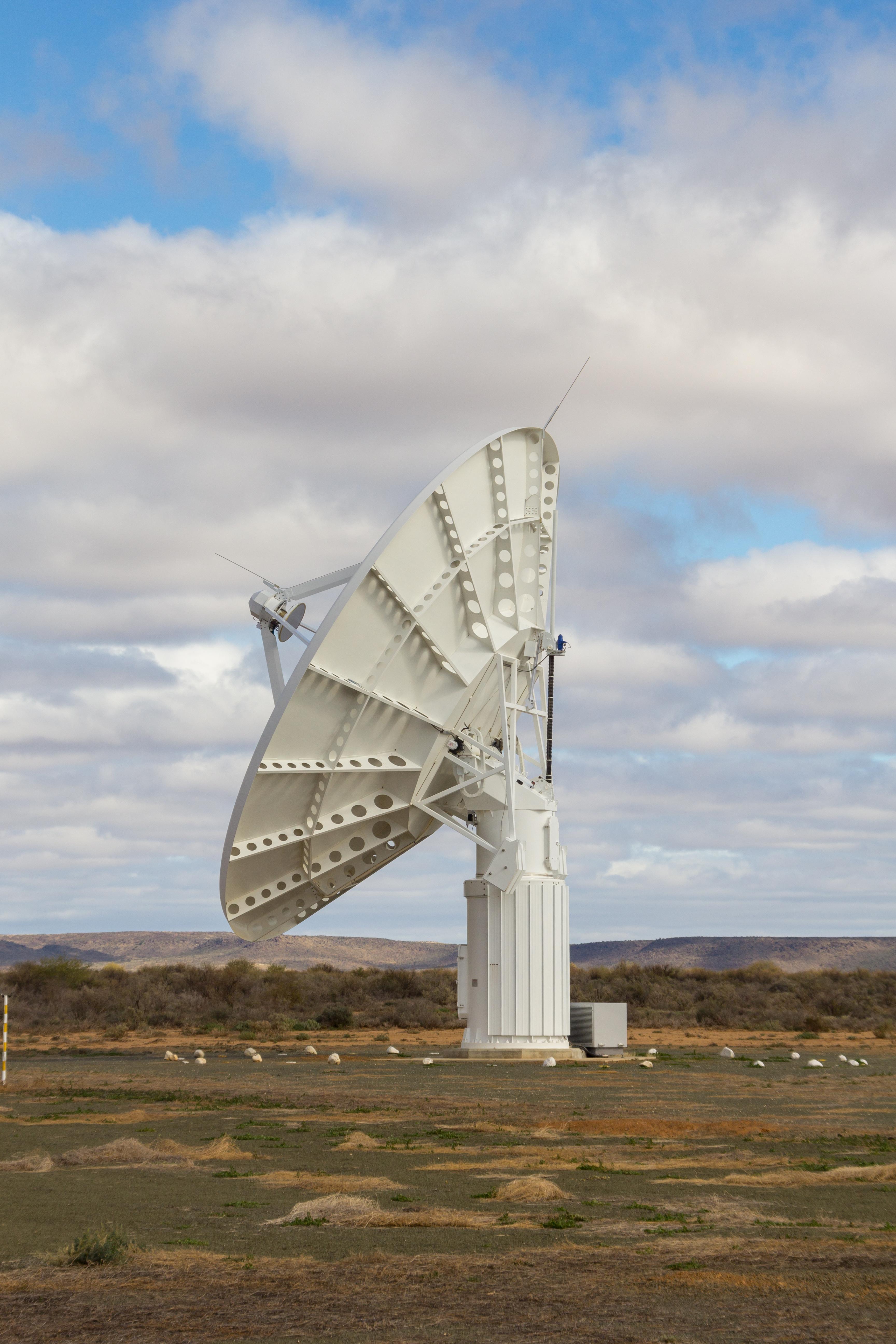 KAT-7 世界最大射电天文望远镜 - wuwei1101 - 西花社